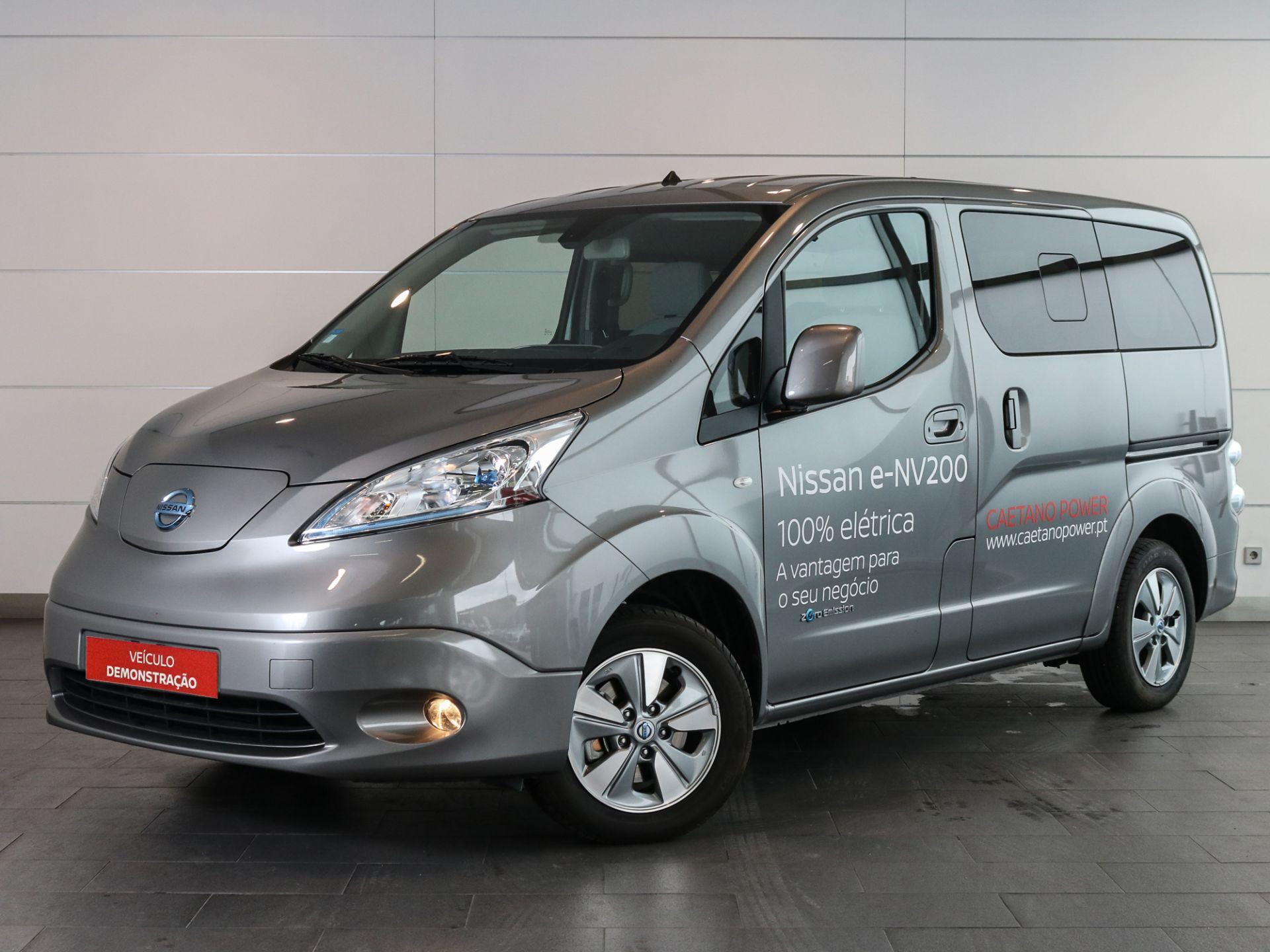 Nissan EVALIA Evalia 7 40 kWh Navegador segunda mão Setúbal