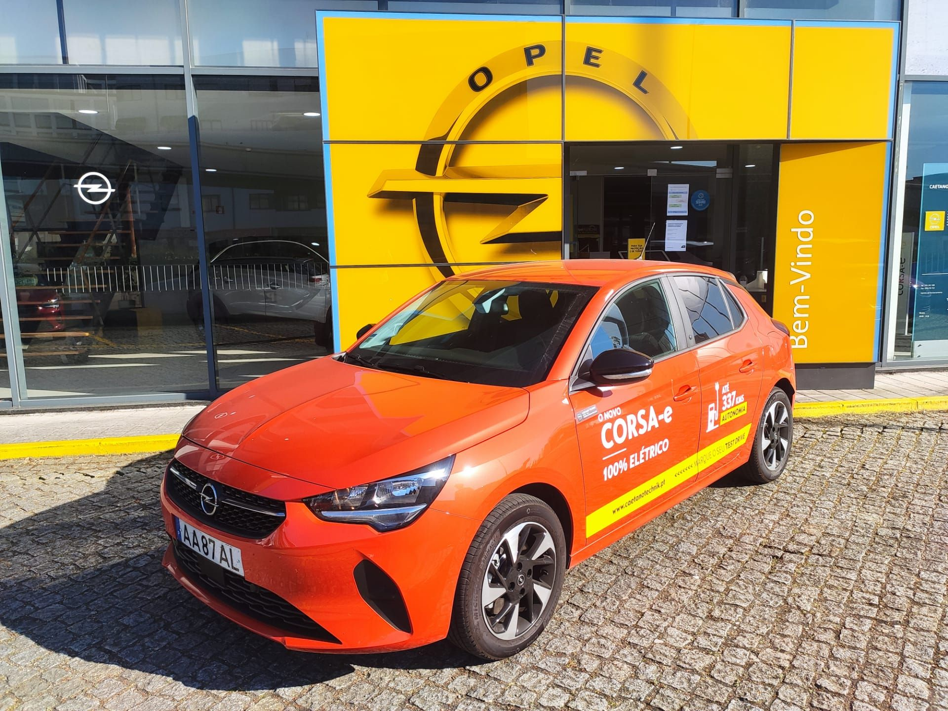 Opel Corsa 100kw - 136cv Corsa-e Edition segunda mão Porto