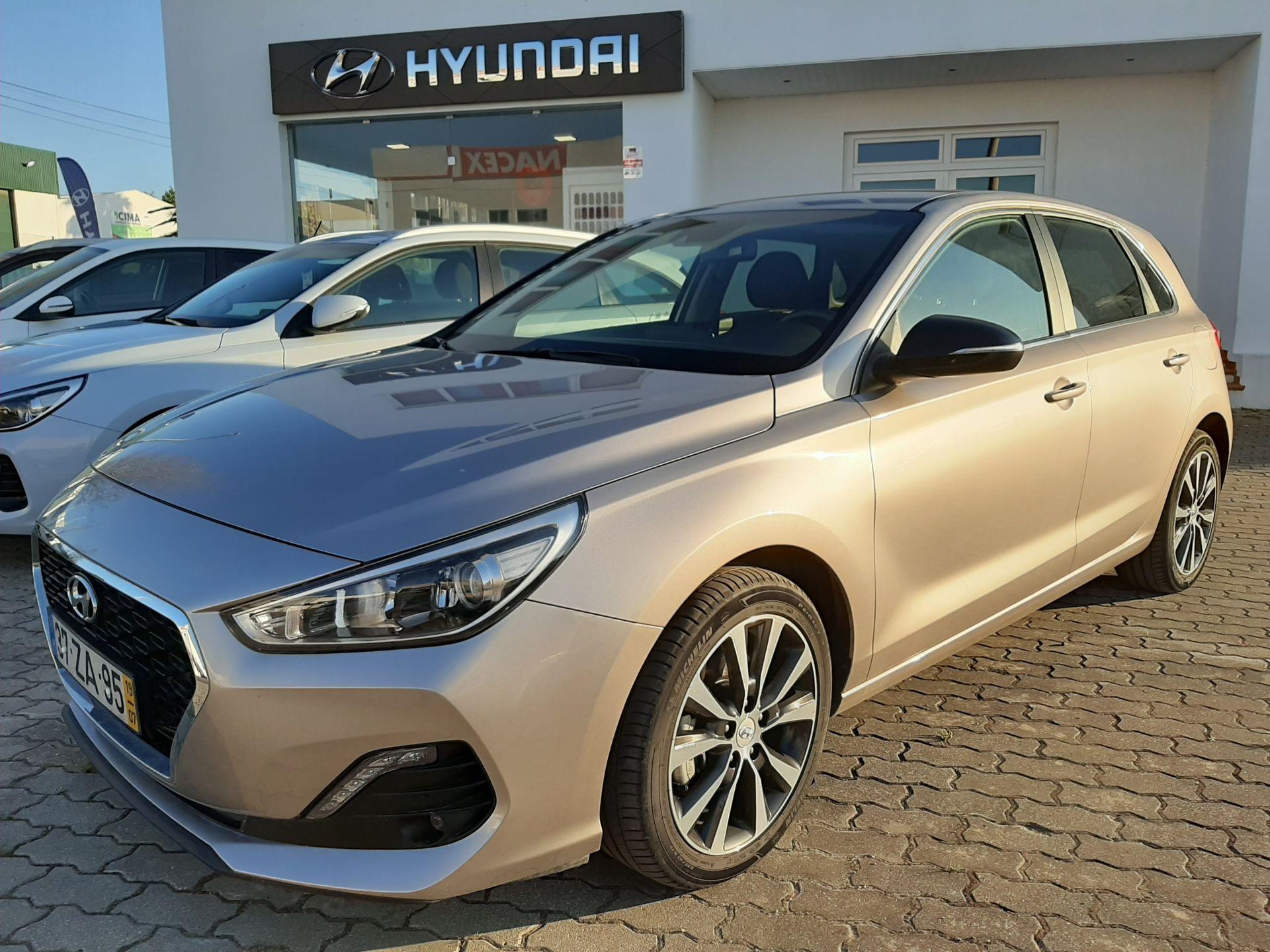 Hyundai i30 1.6 CRDi 116cv Style + segunda mão Setúbal