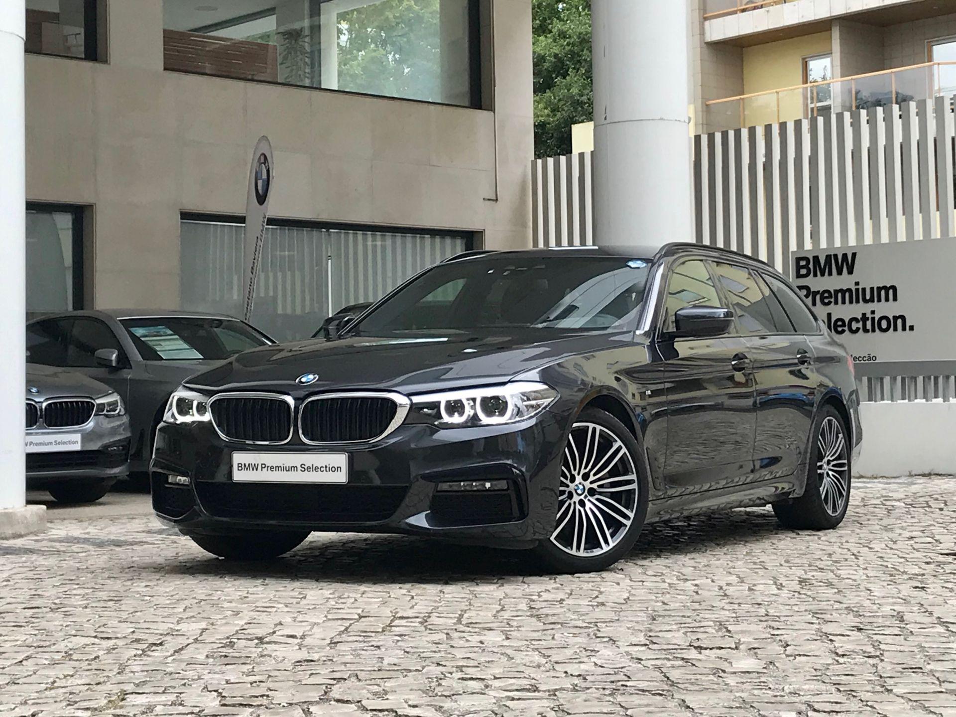 BMW Serie 5 520d Touring Pack M Auto  segunda mão Lisboa