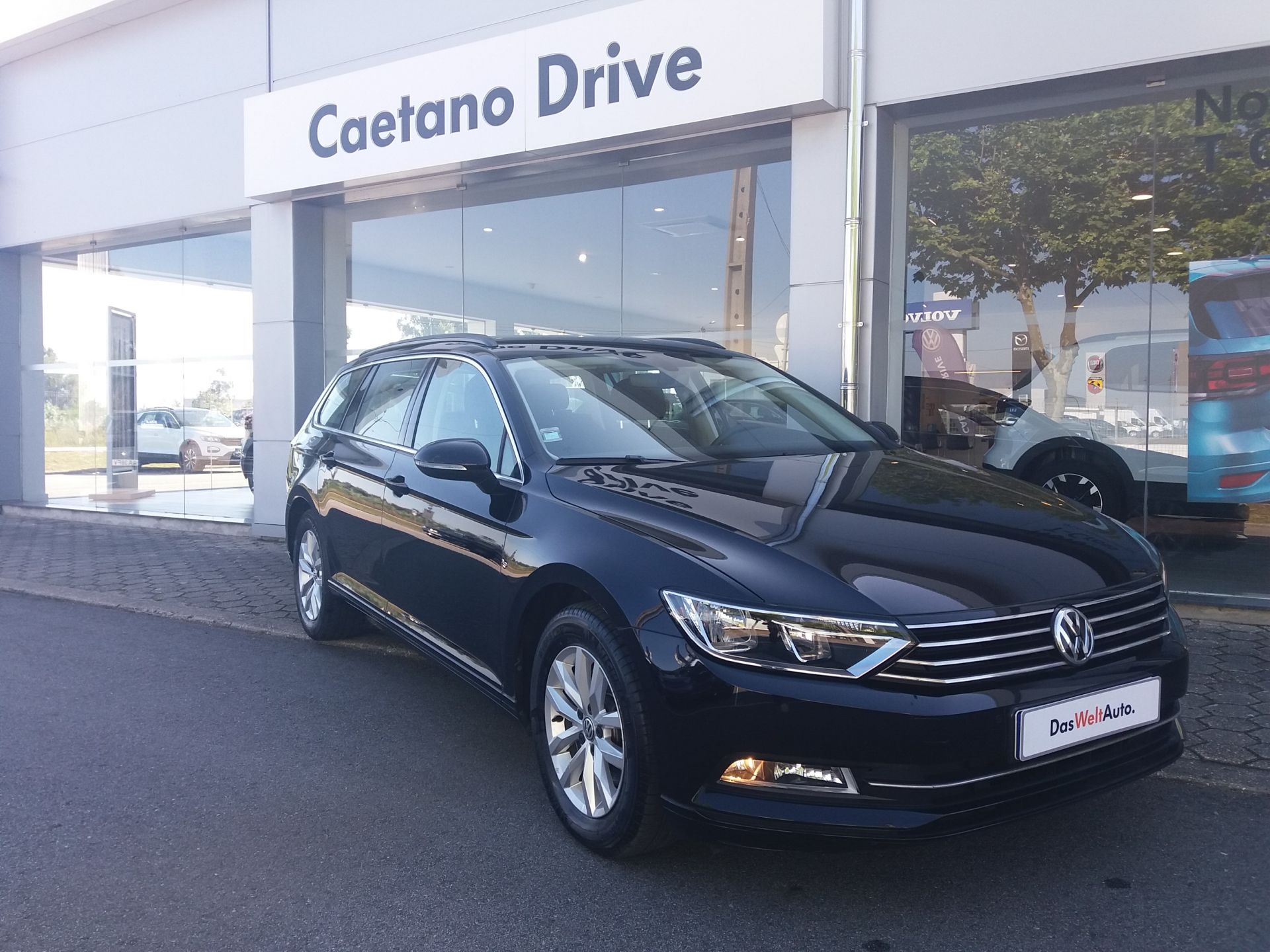 Volkswagen Passat 1.6 TDI CONFORTLINE VARIANT segunda mão Aveiro