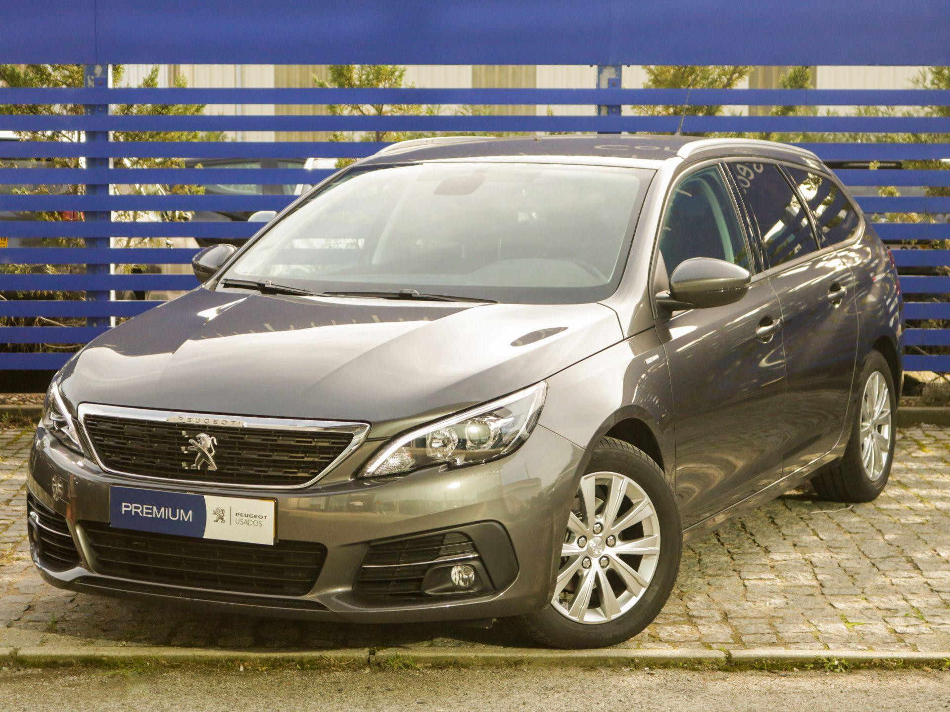 Peugeot 308 SW Style 1.2 PureTech 130cv Eu 6.3d CVM6 SW segunda mão Lisboa