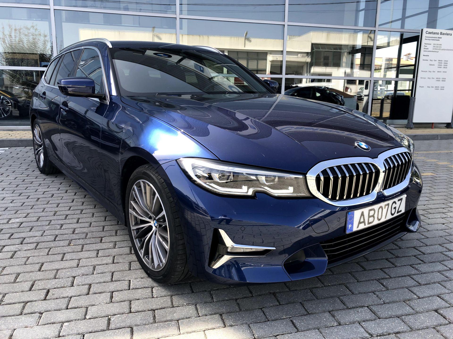 BMW Serie 3 320d Touring Auto (Viatura Demonstração) segunda mão Aveiro