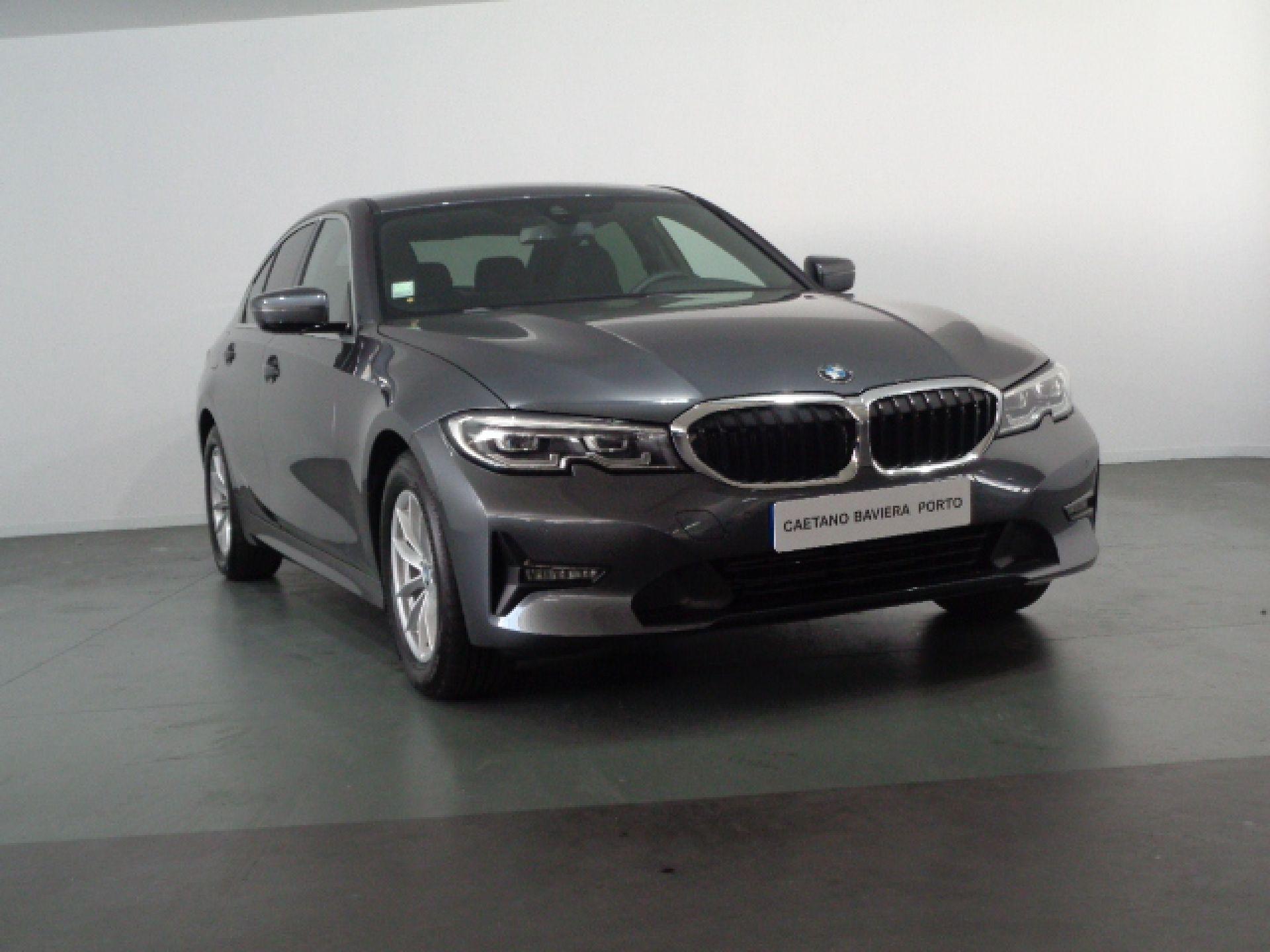 BMW Serie 3 318d Auto Advantage segunda mão Porto