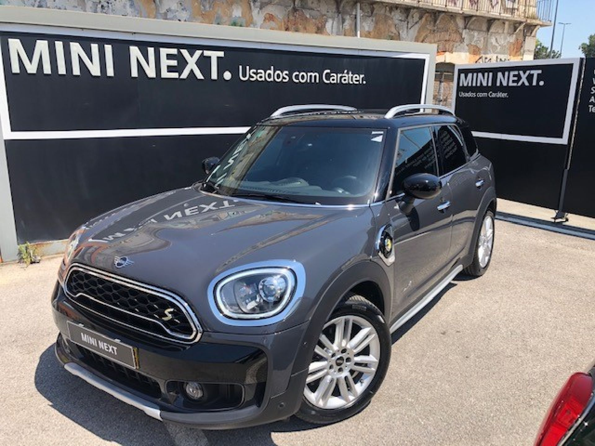Mini Countryman Cooper S E ALL4 Auto segunda mão Lisboa