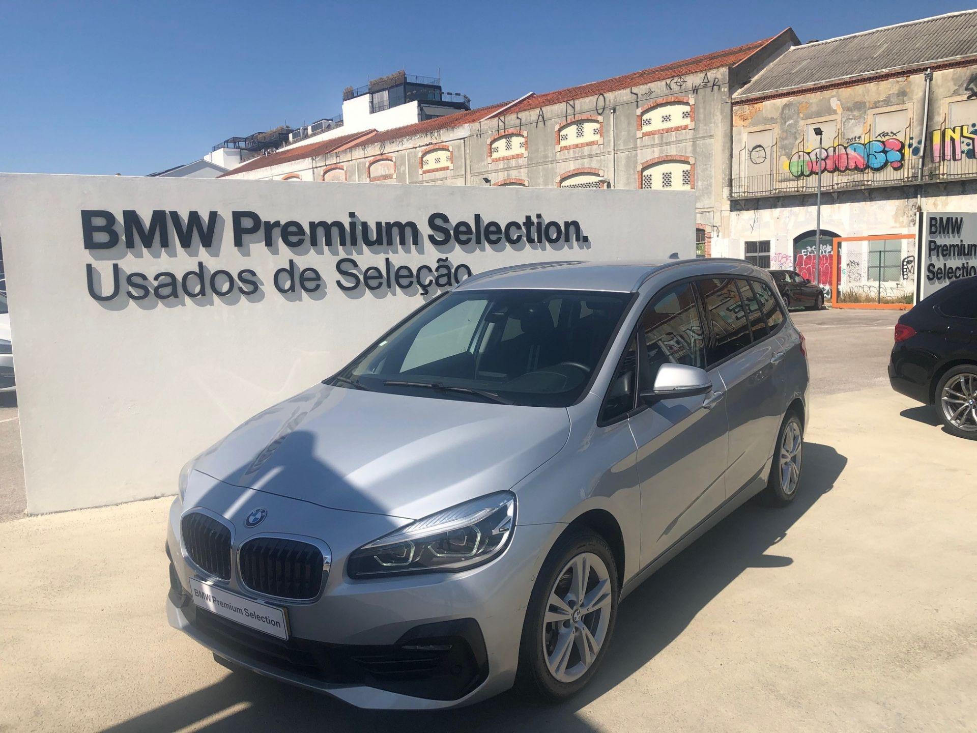 BMW Serie 2 Gran Tourer 216d Line Sport segunda mão Lisboa