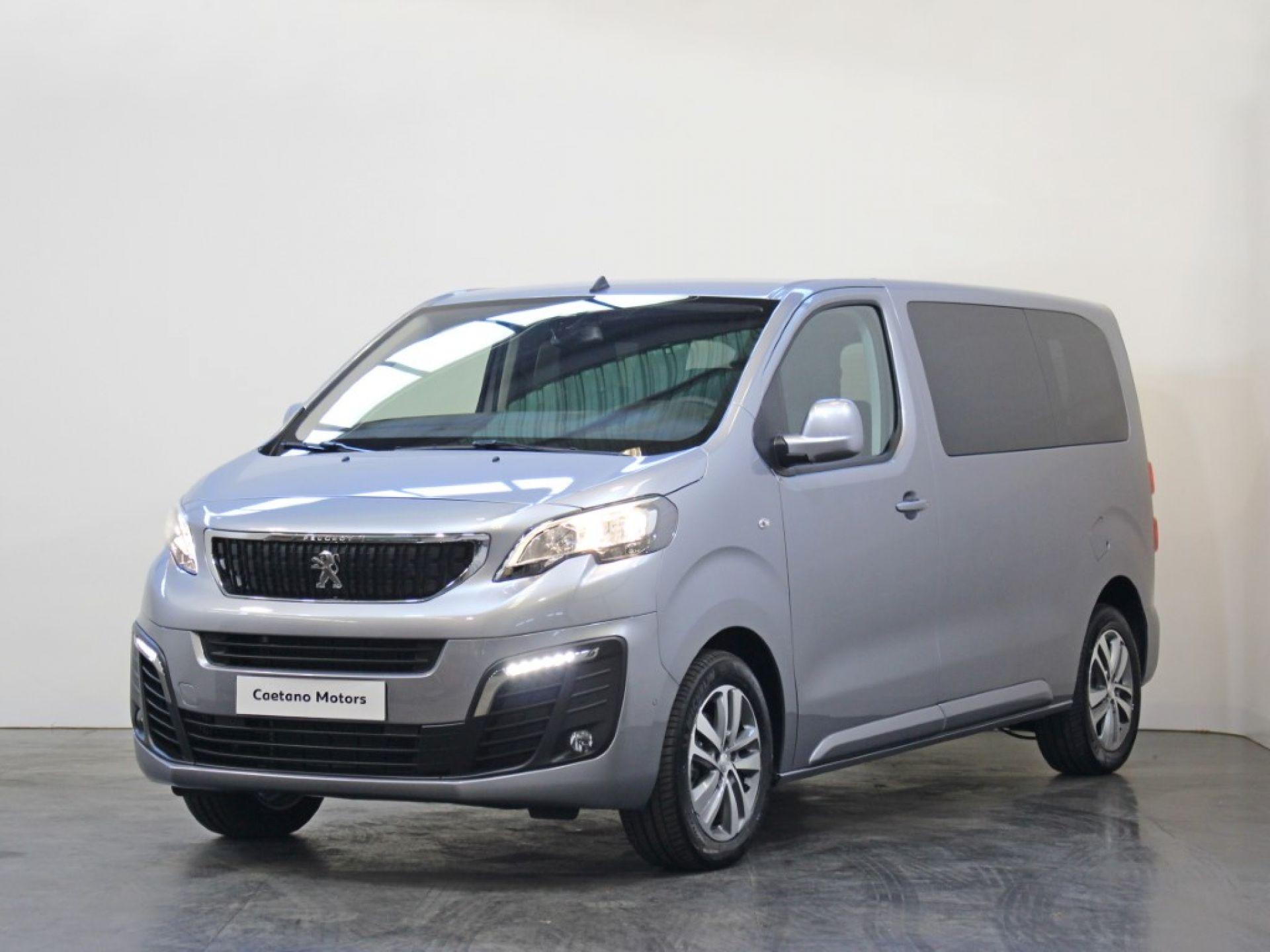 Peugeot Traveller 1.5 BlueHDi 120 S&S CVM6 Active Standard segunda mão Porto