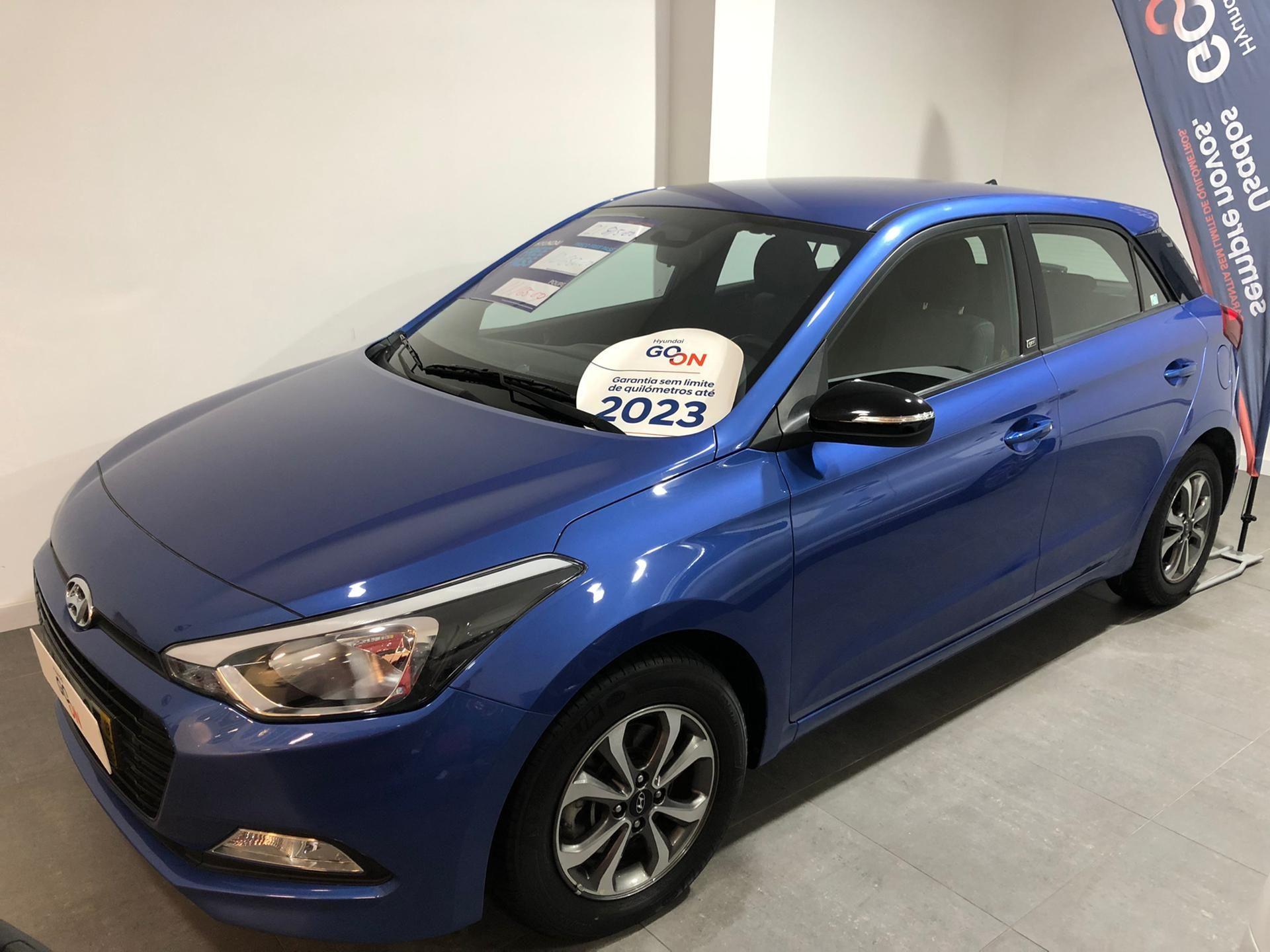 Hyundai i20 1.1 5 P GL CRDi GO! segunda mão Lisboa