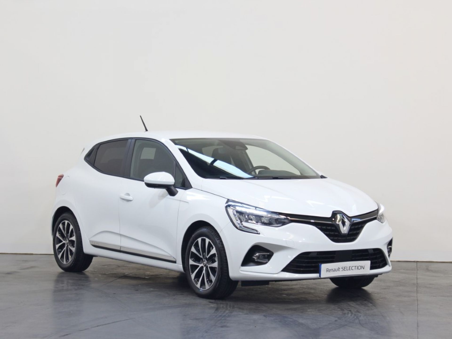 Renault Clio Blue dCI 85 Intens segunda mão Porto