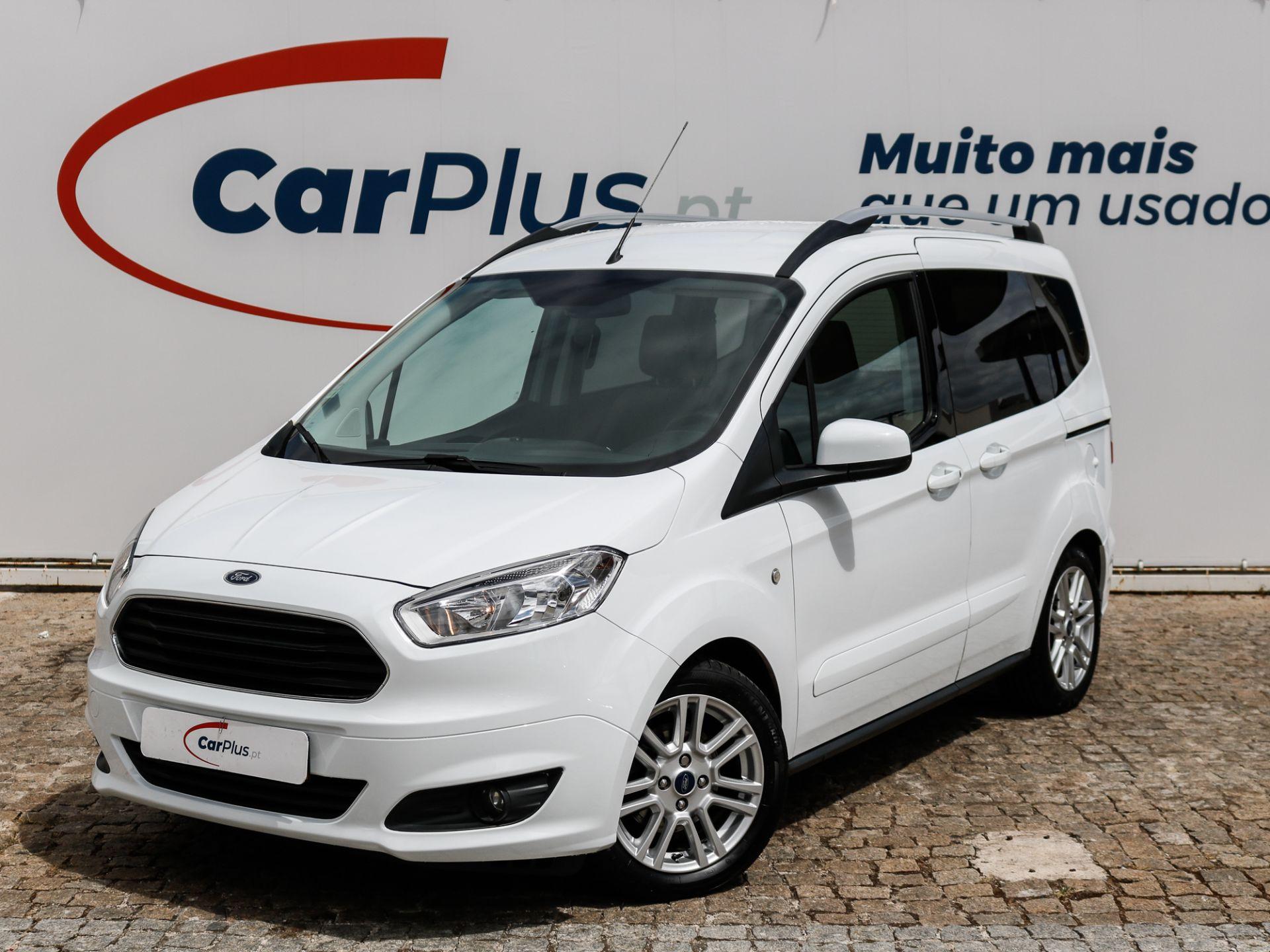 Ford Tourneo Courier 1.0i EcoBoost 100cv Ambiente segunda mão Lisboa