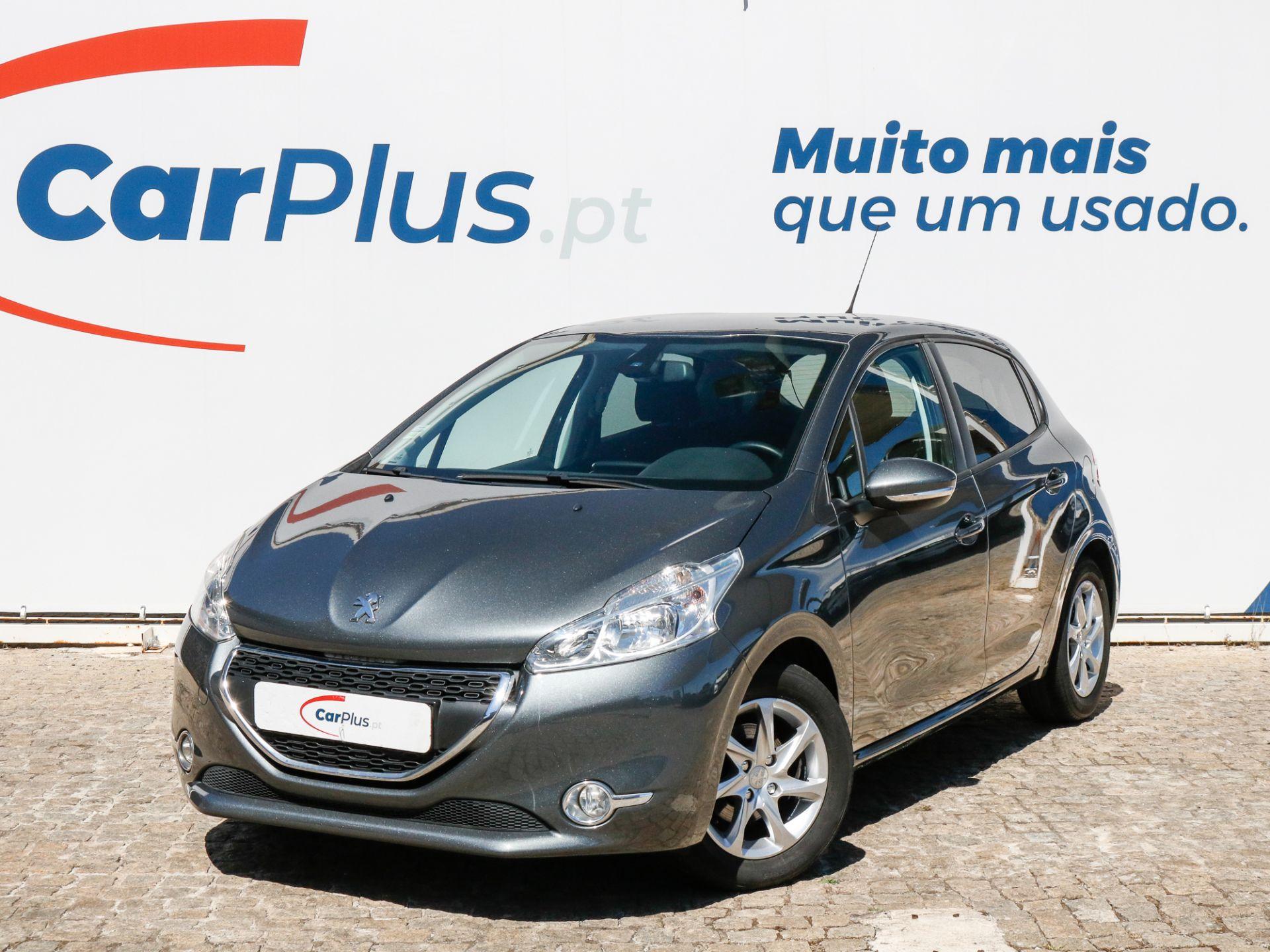 Peugeot 208 Active 1.4 HDi 68 CVM5 segunda mão Lisboa