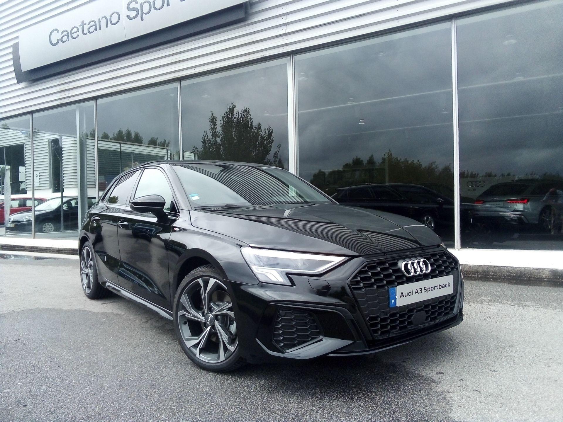 Audi A3 Sportback 30 TDI S line segunda mão Porto