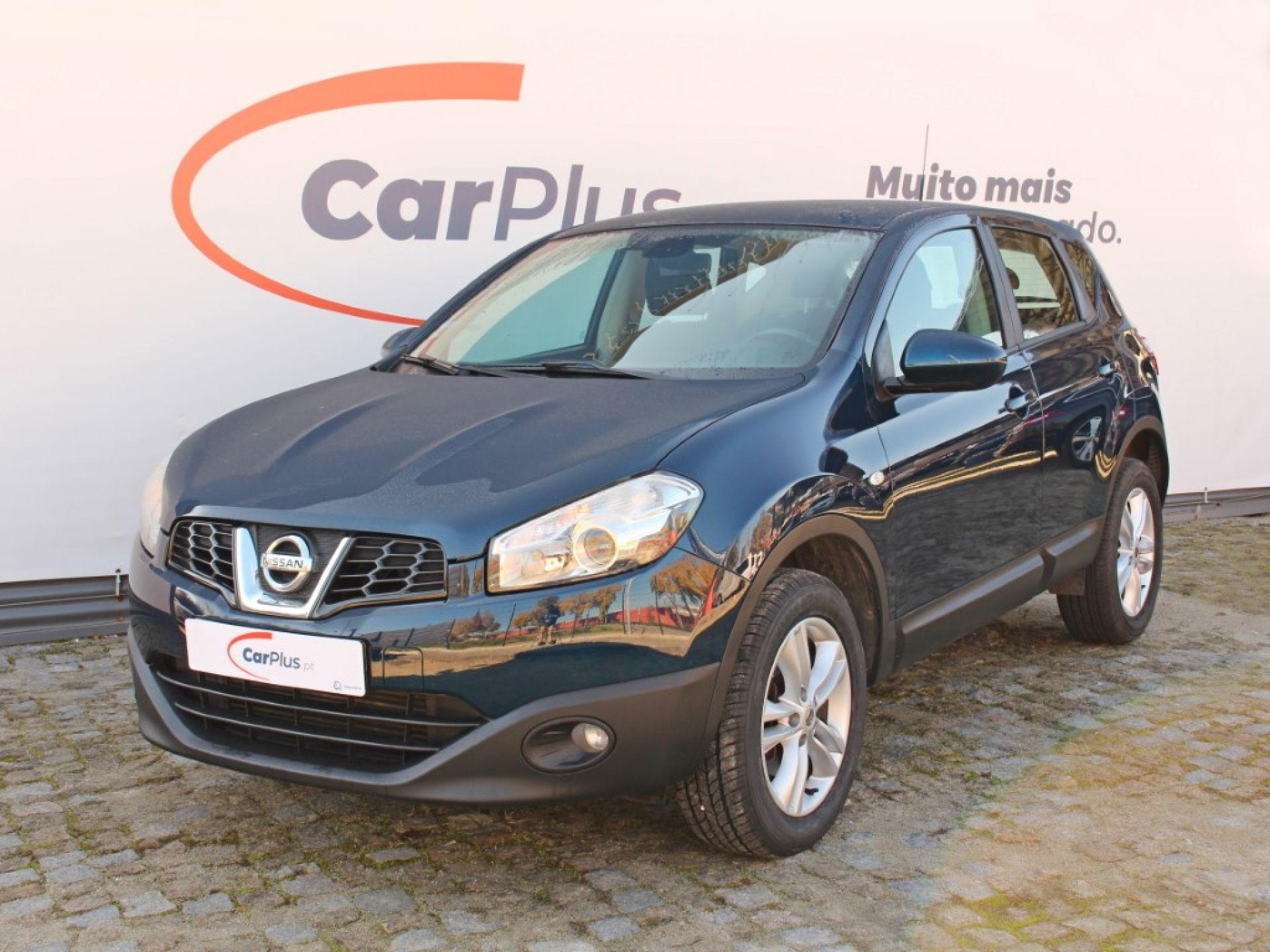 Nissan Qashqai 1.6dCi 130cv DPF Acenta 4X2 segunda mão Porto