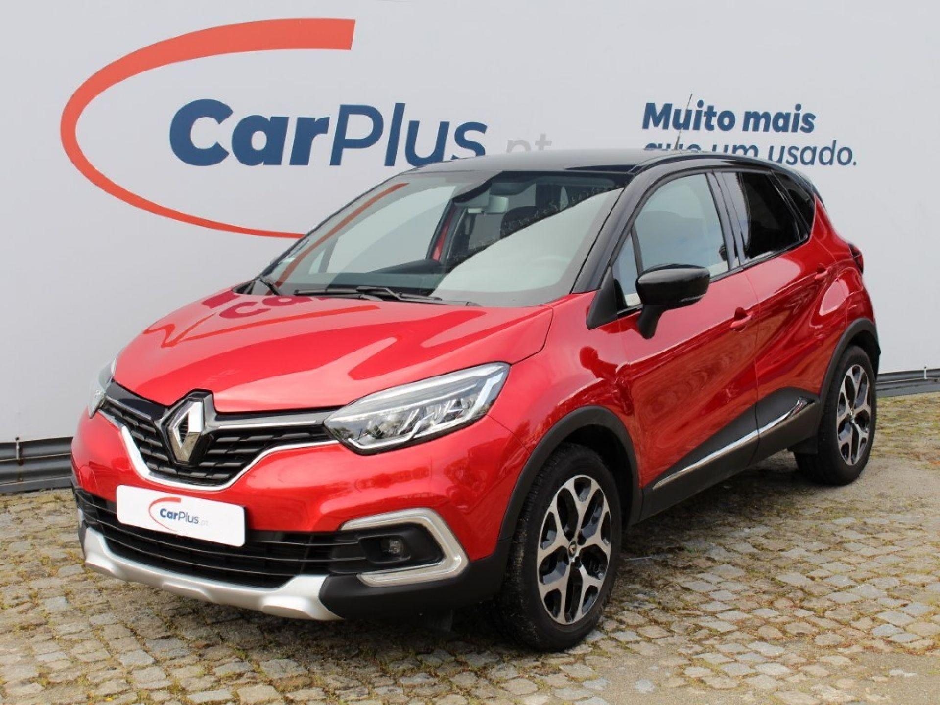 Renault Captur 0.9 TCe 90 Exclusive segunda mão Porto