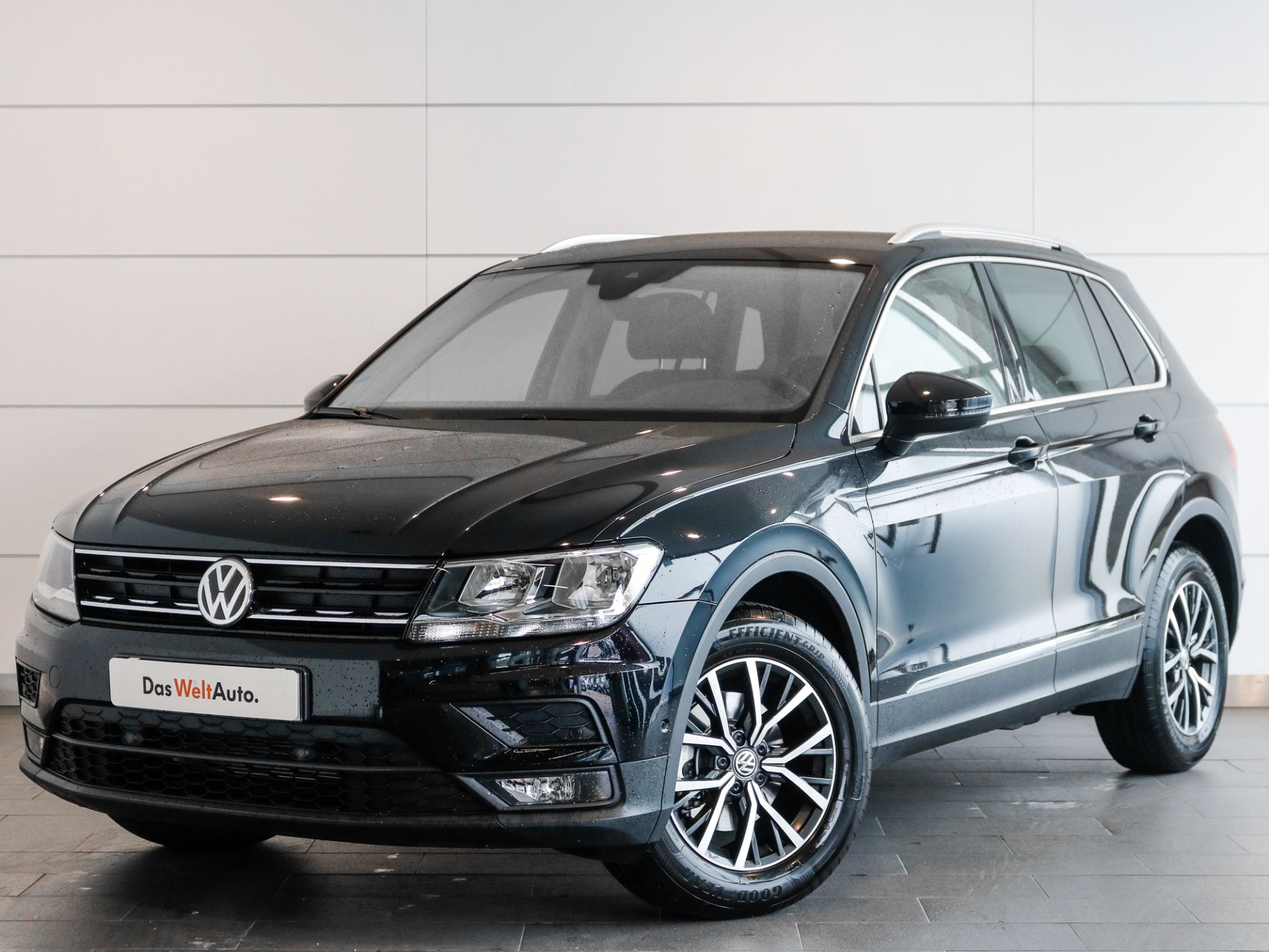 Volkswagen Tiguan 1.5 TSI 150cv Confortline usada Setúbal