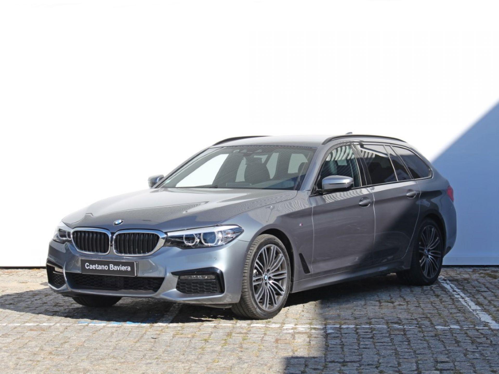 BMW Serie 5 520d Auto Touring Pack M segunda mão Porto
