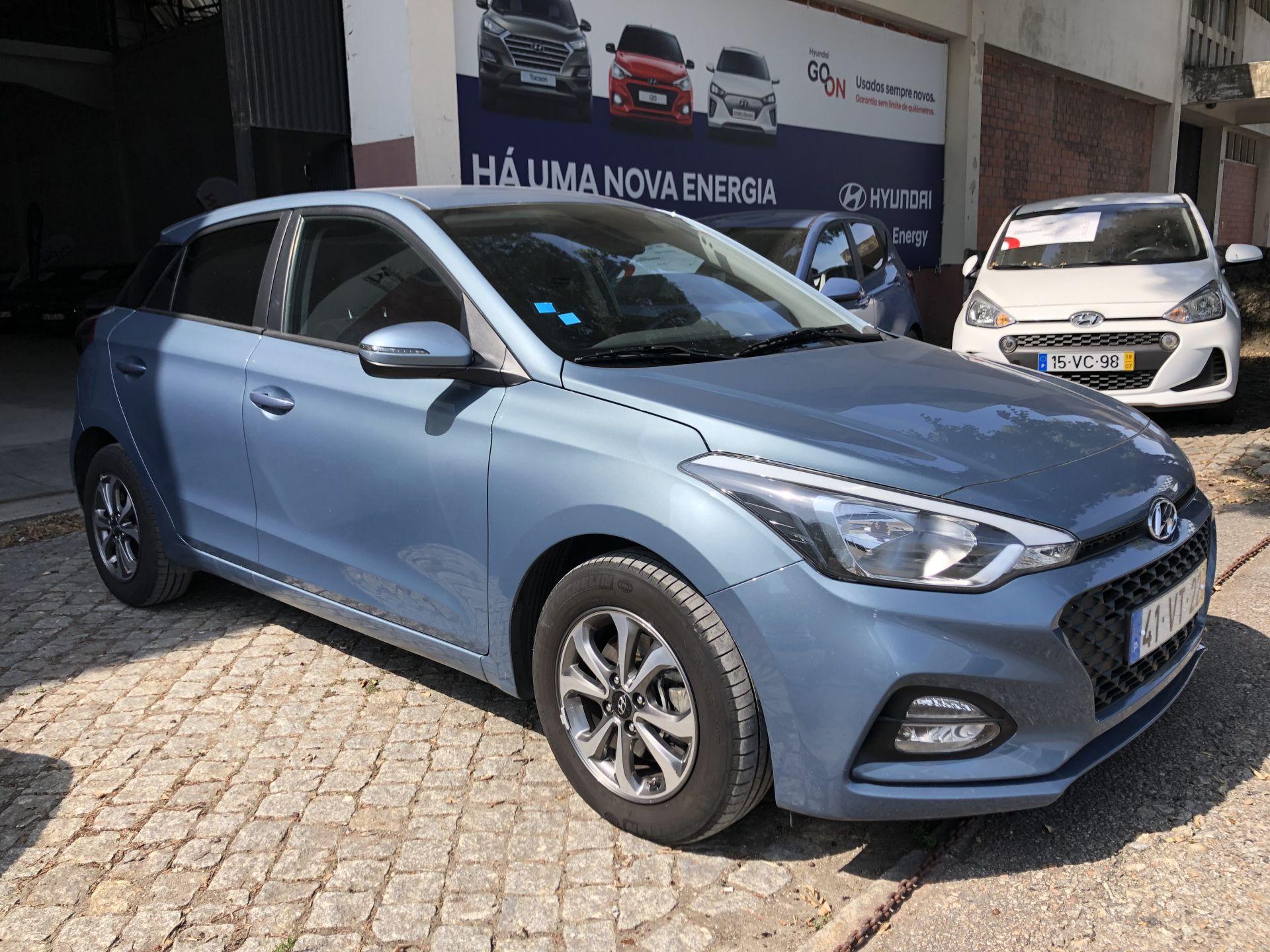 Hyundai i20 1.0 5 P TGDi COMFORT 100CV MY18 segunda mão Porto