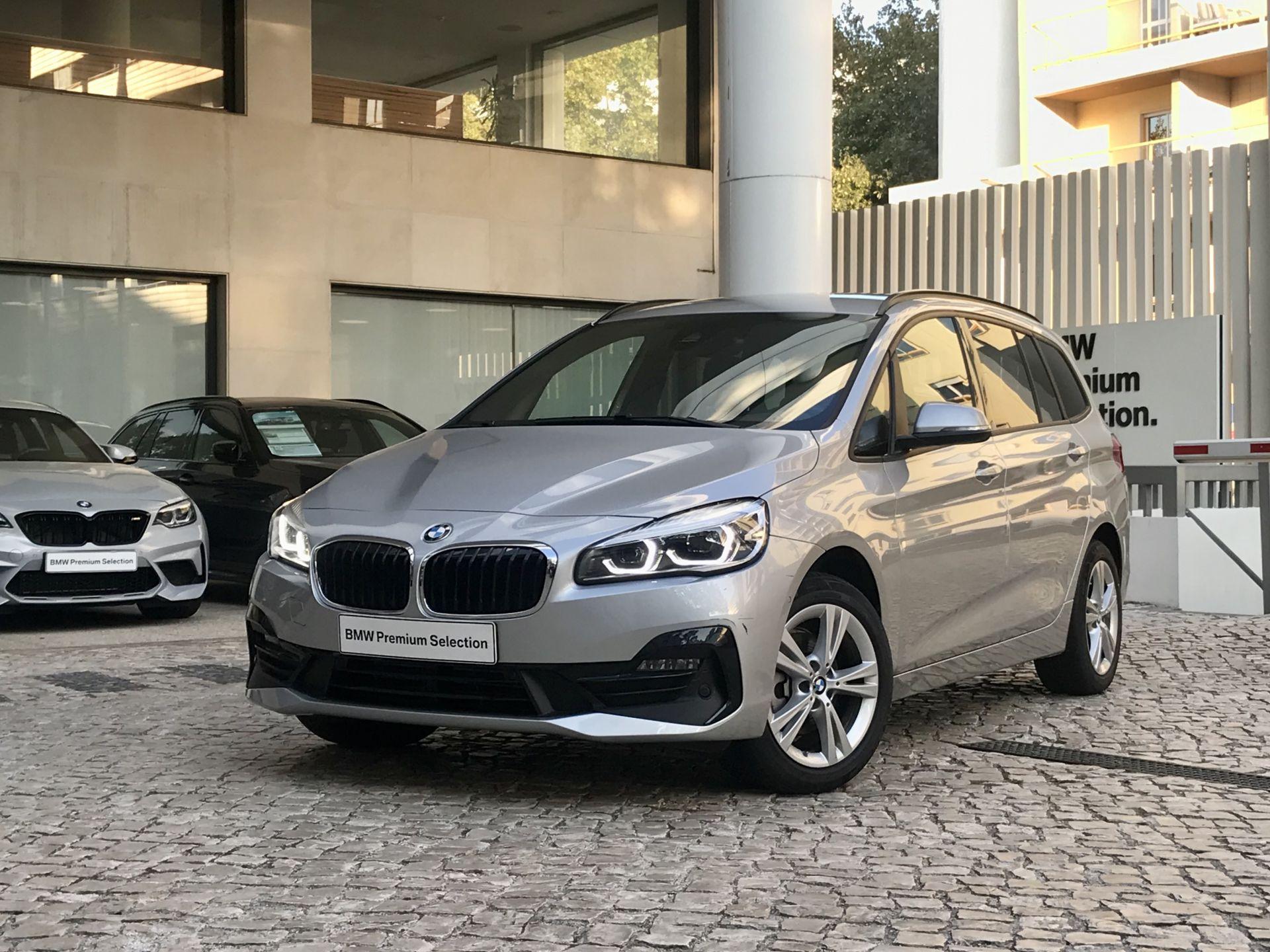 BMW Serie 2 Gran Tourer 216d Line Sport Auto segunda mão Lisboa