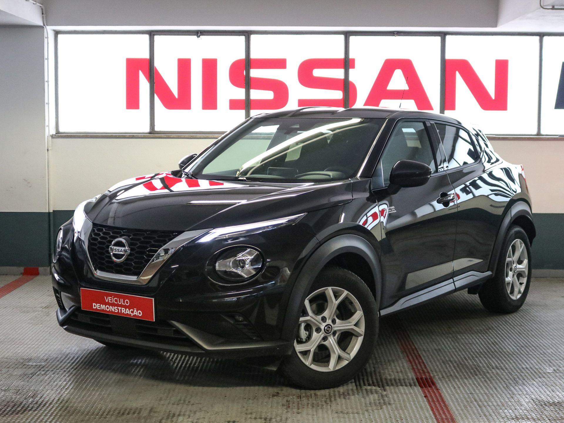 Nissan JUKE 1.0 DIG-T 117CV 6 M/T ACENTA segunda mão Lisboa