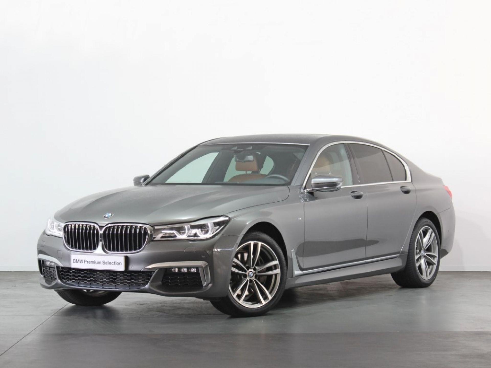 BMW Serie 7 730d  segunda mão Porto