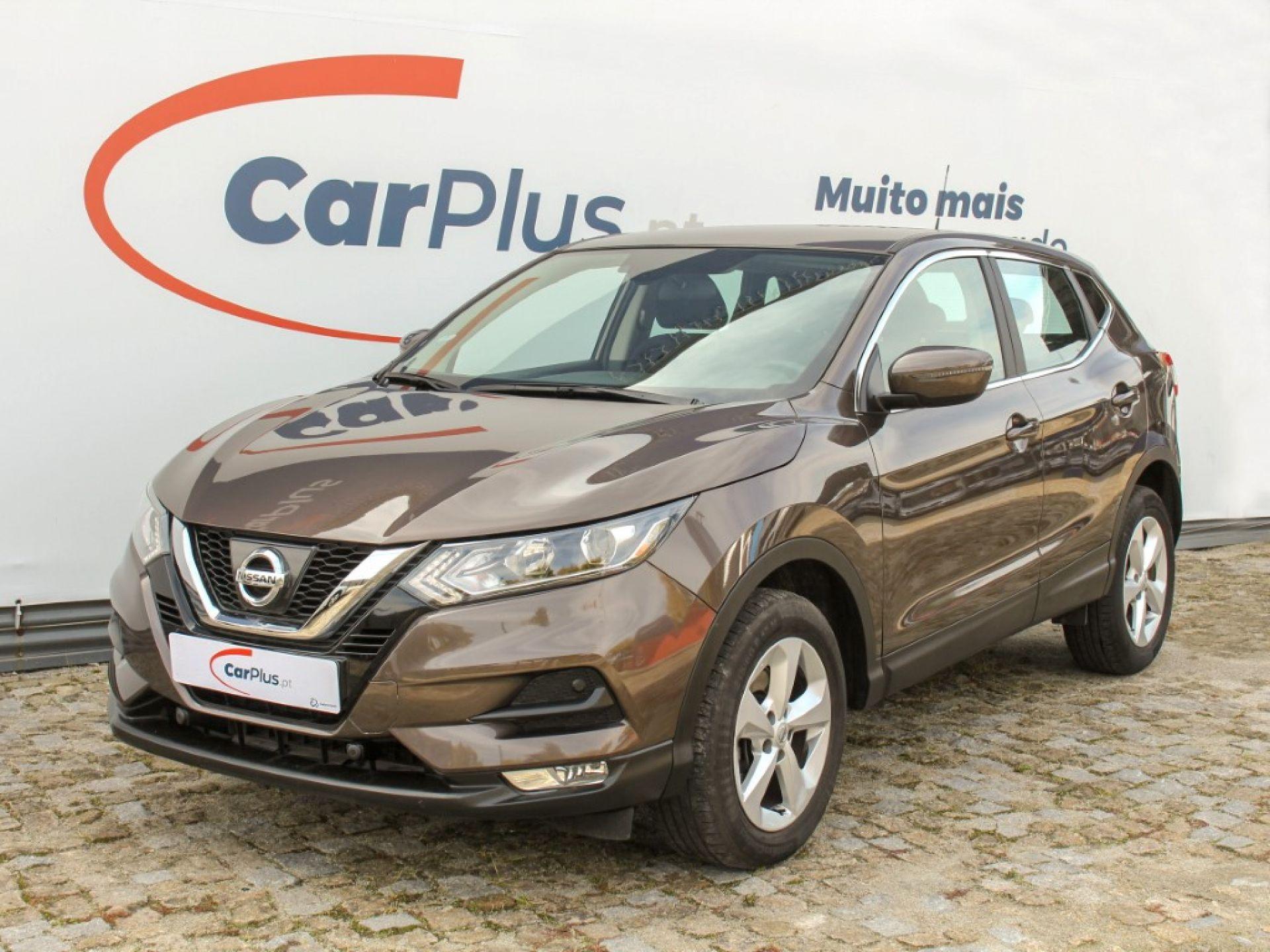 Nissan Qashqai 1.5 dCi 110cv Acenta R segunda mão Porto