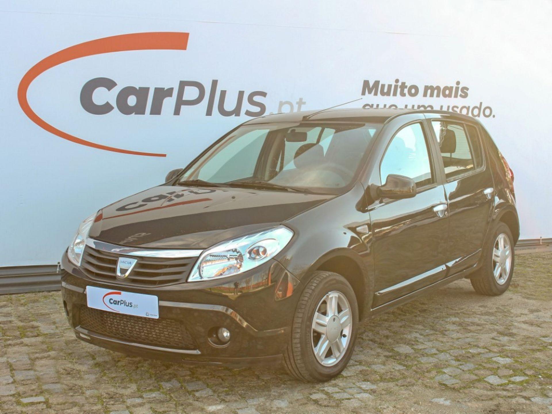 Dacia Sandero 1.5 dCi 90cv Confort segunda mão Porto