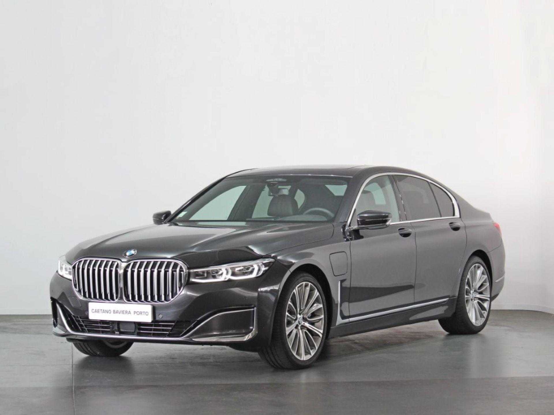 BMW Serie 7 745e Auto segunda mão Porto