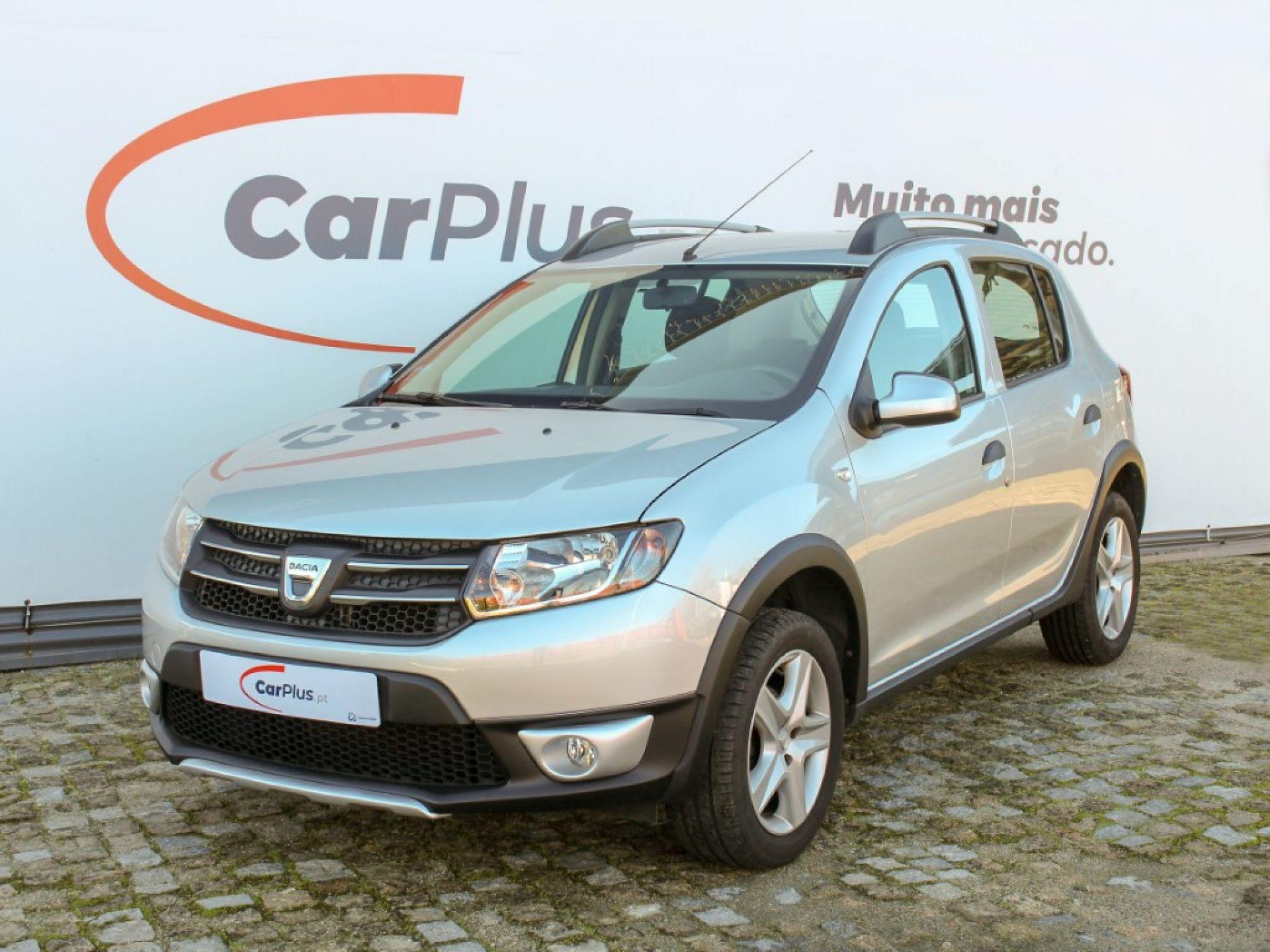 Dacia Sandero 0.9 TCe 90cv S&S Stepway segunda mão Porto