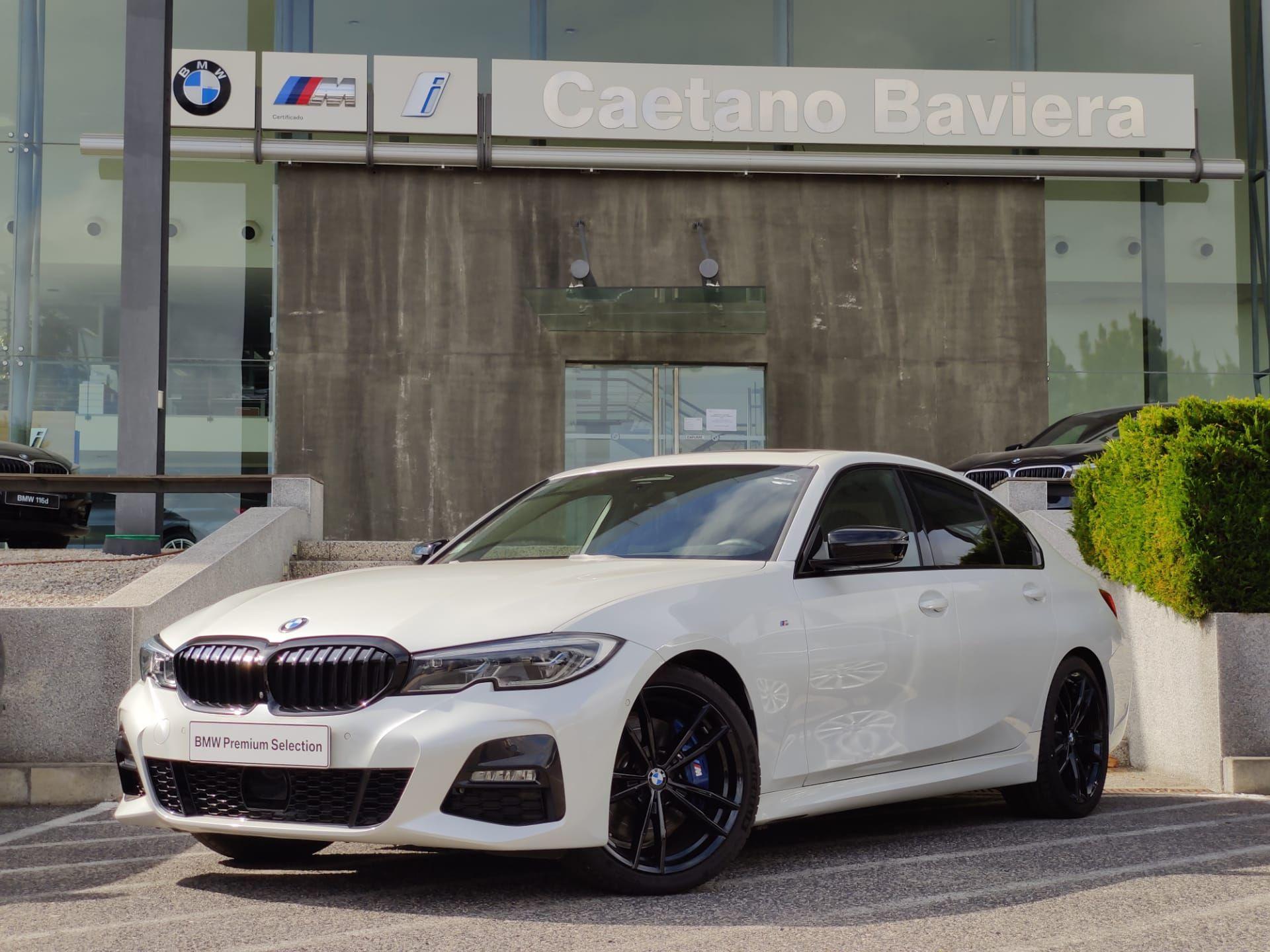 BMW Serie 3 330i Berlina Pack M Auto segunda mão Lisboa