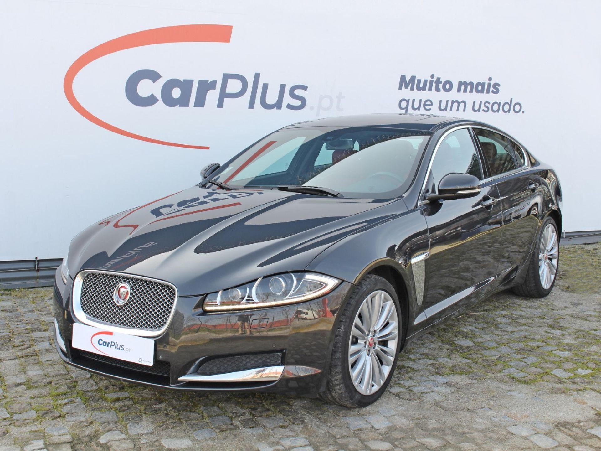 Jaguar XF 3.0 V6 Diesel S Premium Luxury segunda mão Porto