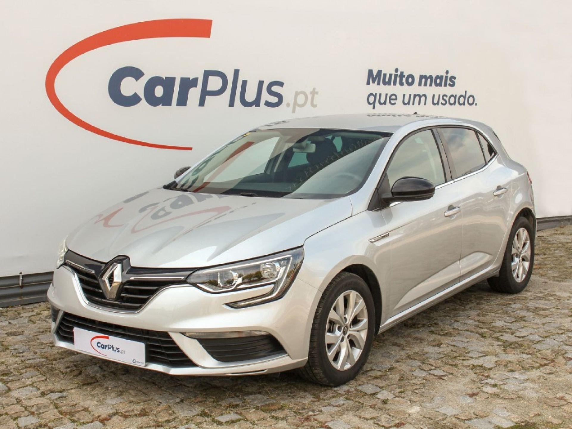 Renault Megane 1.3 TCe 115 FAP Limited segunda mão Porto