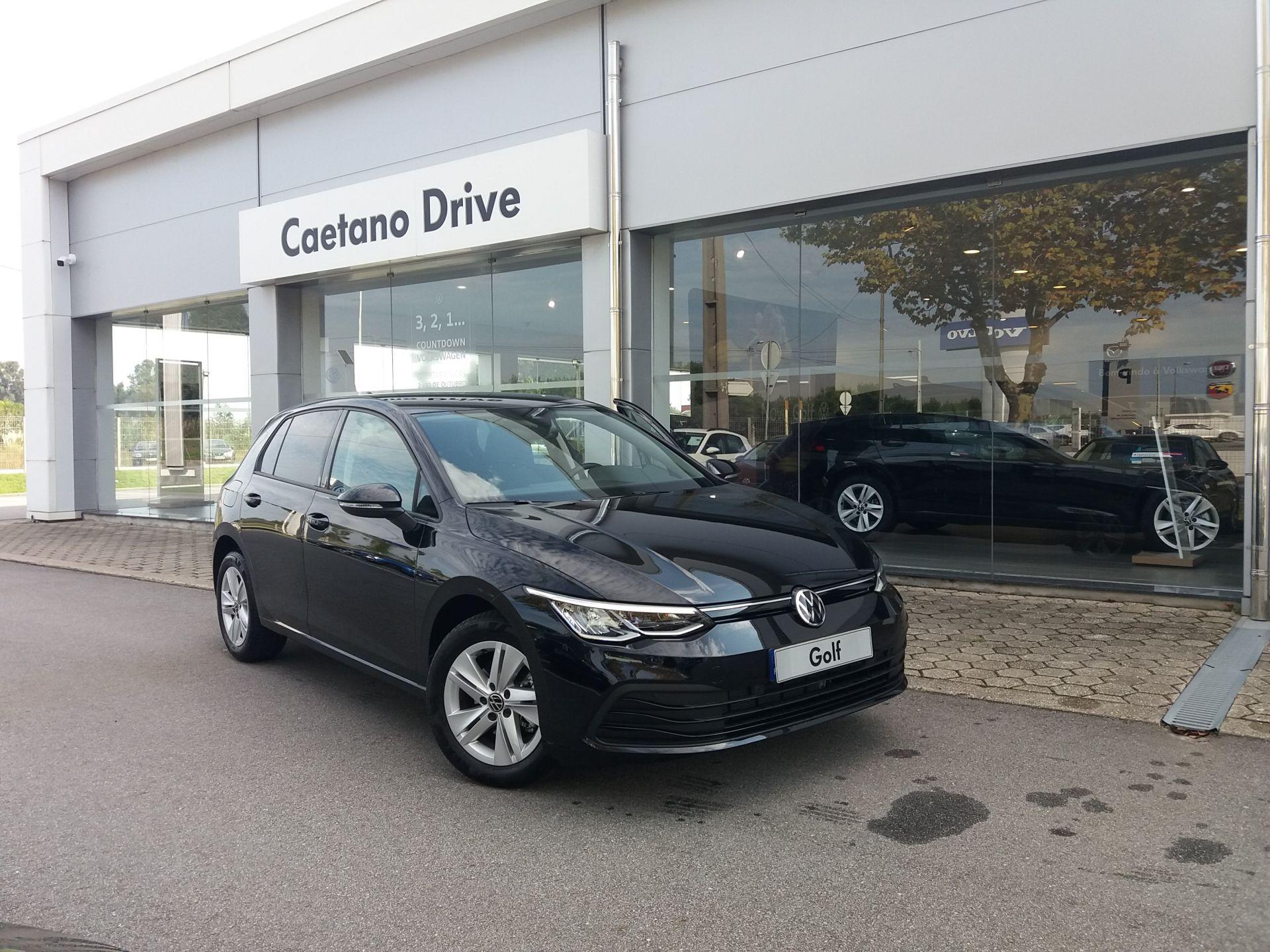 Volkswagen Golf 2.0 TDI 115cv Life segunda mão Aveiro