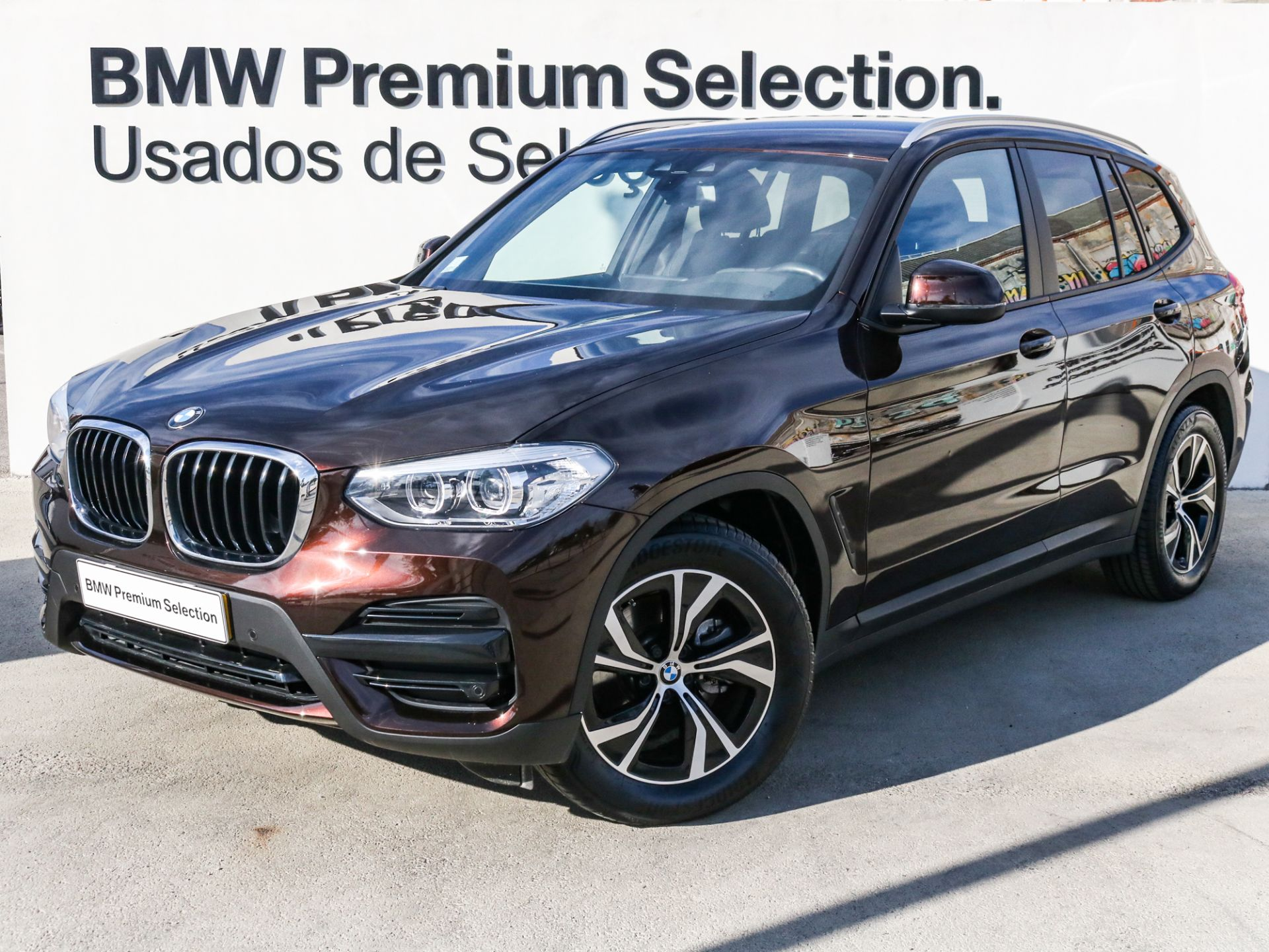 BMW X3 sDrive18d Lifestyle Edition segunda mão Lisboa