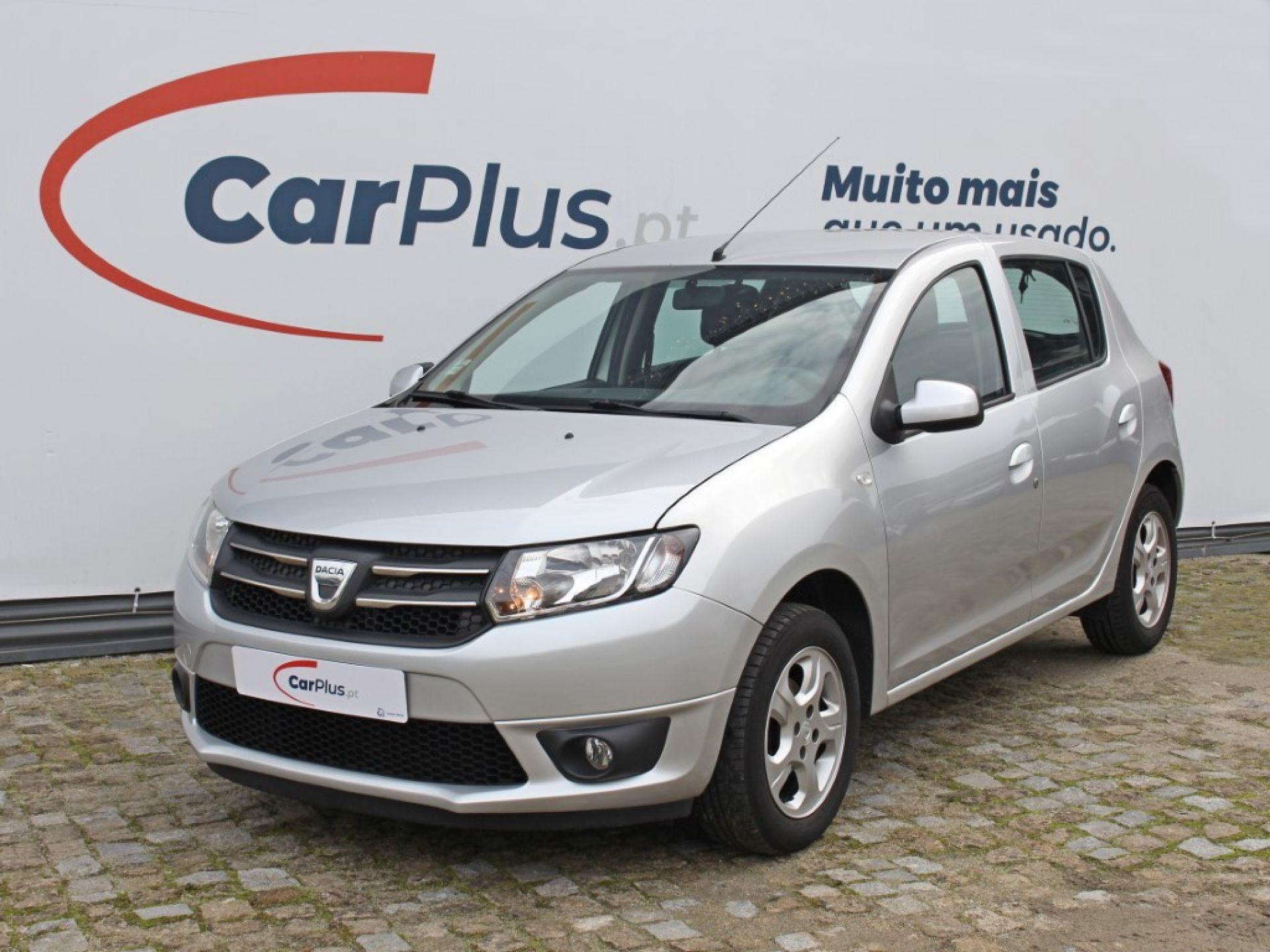 Dacia Sandero 0.9 TCe 90cv S&S Confort segunda mão Porto