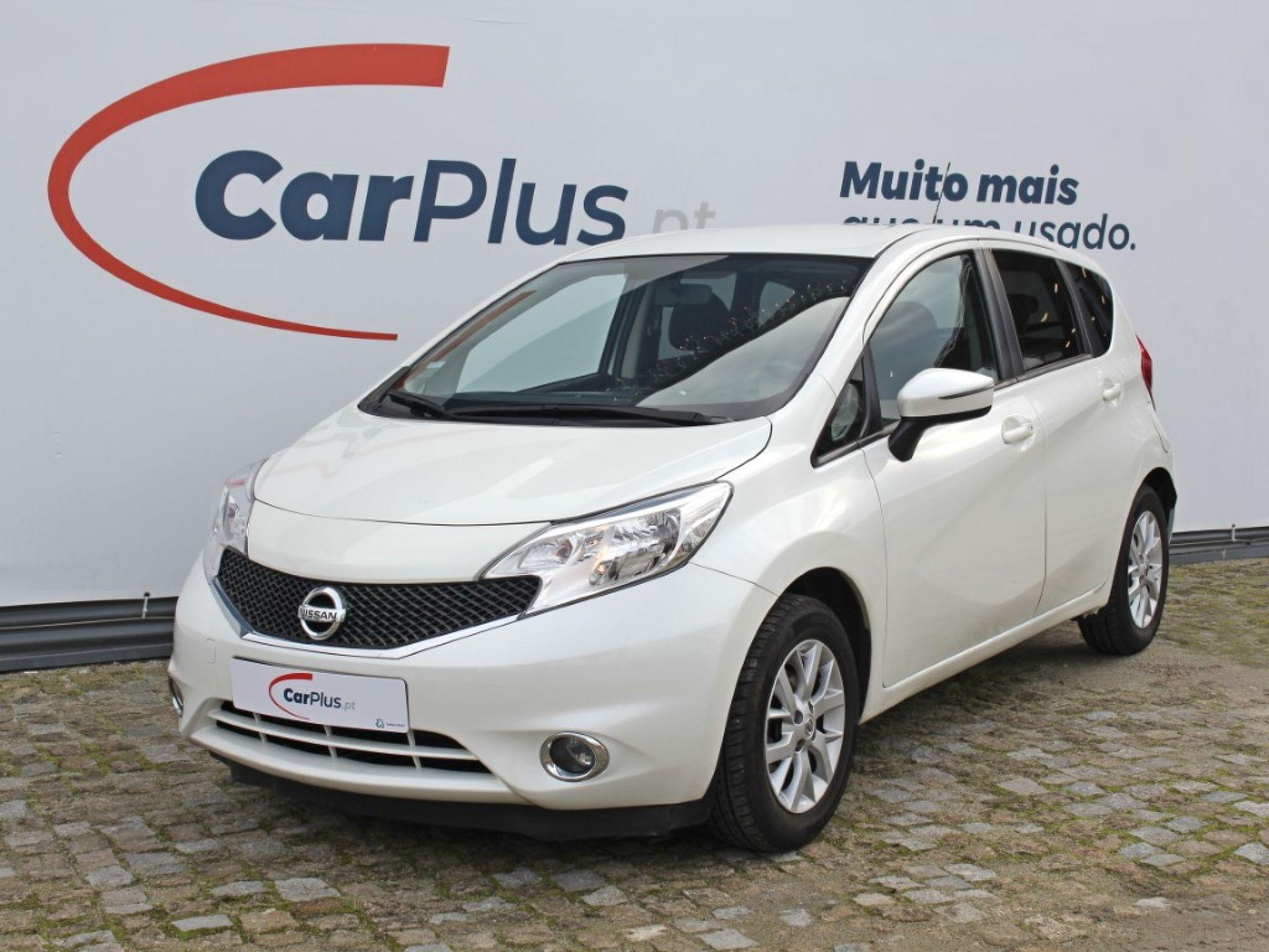 Nissan Note 1.2G EU6 80cv Tekna Premium segunda mão Porto