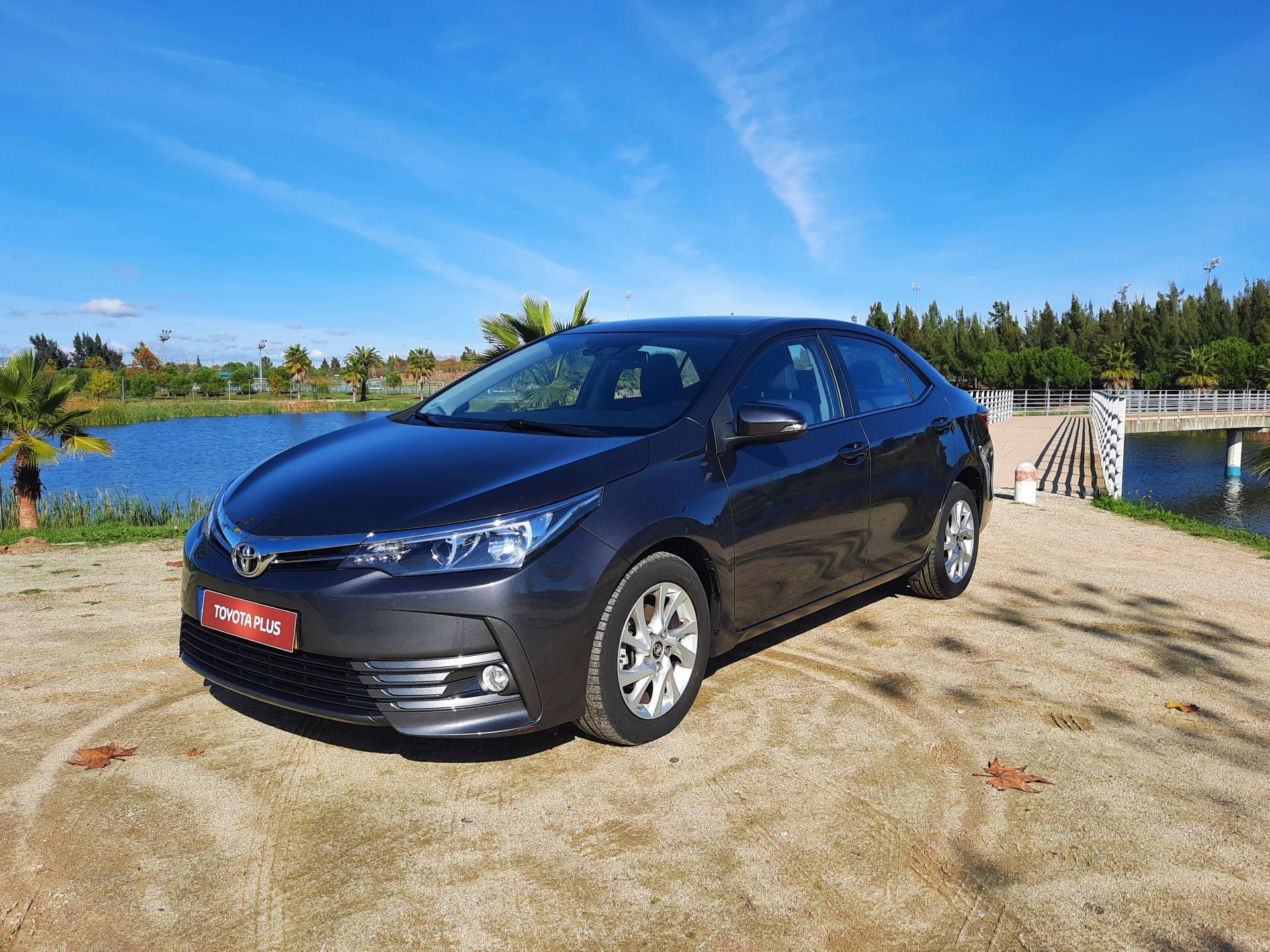 Toyota Corolla 1.4 D-4D Exclusive segunda mão Castelo Branco