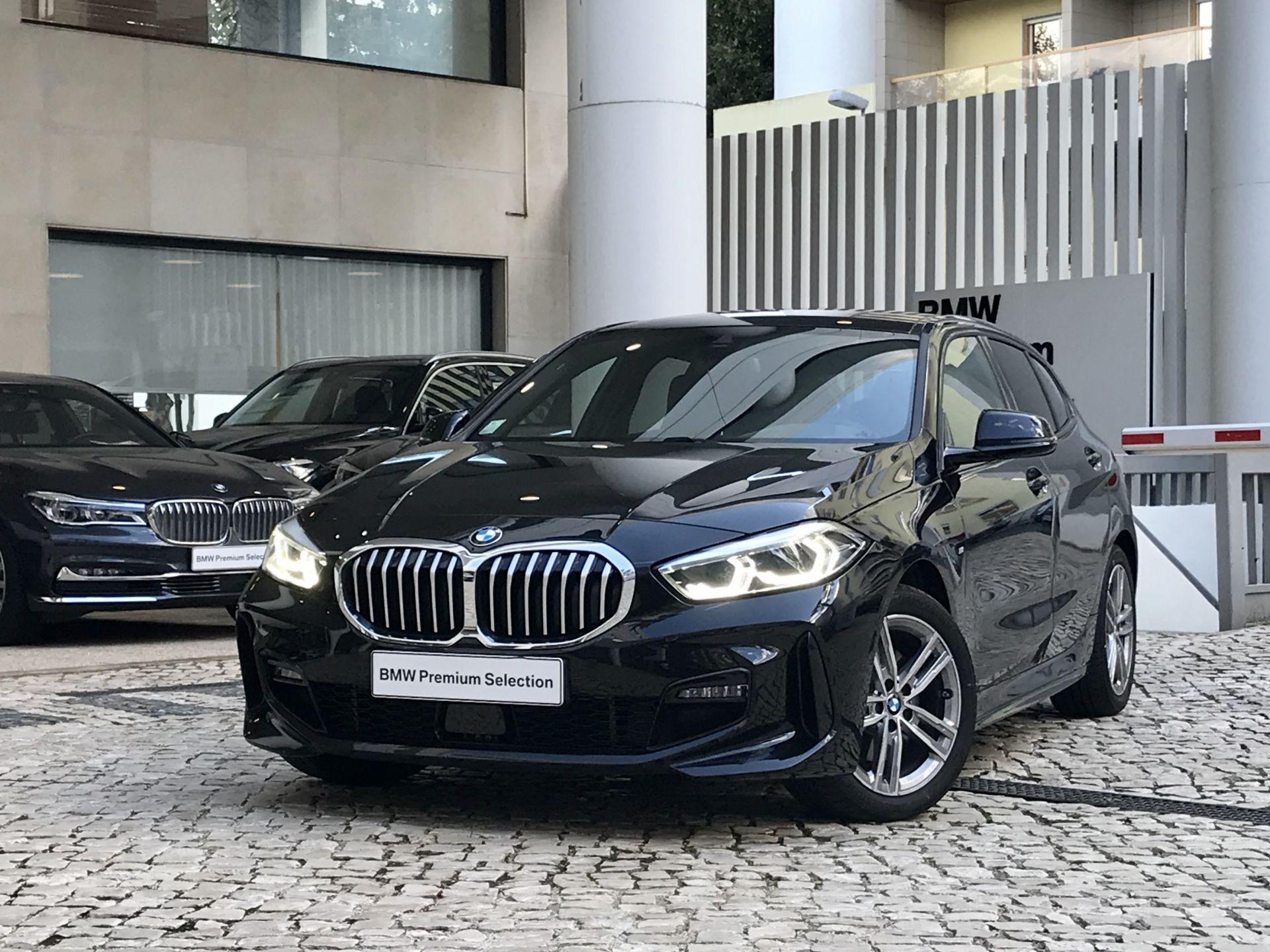 BMW Serie 1 116d Pack M Auto segunda mão Lisboa