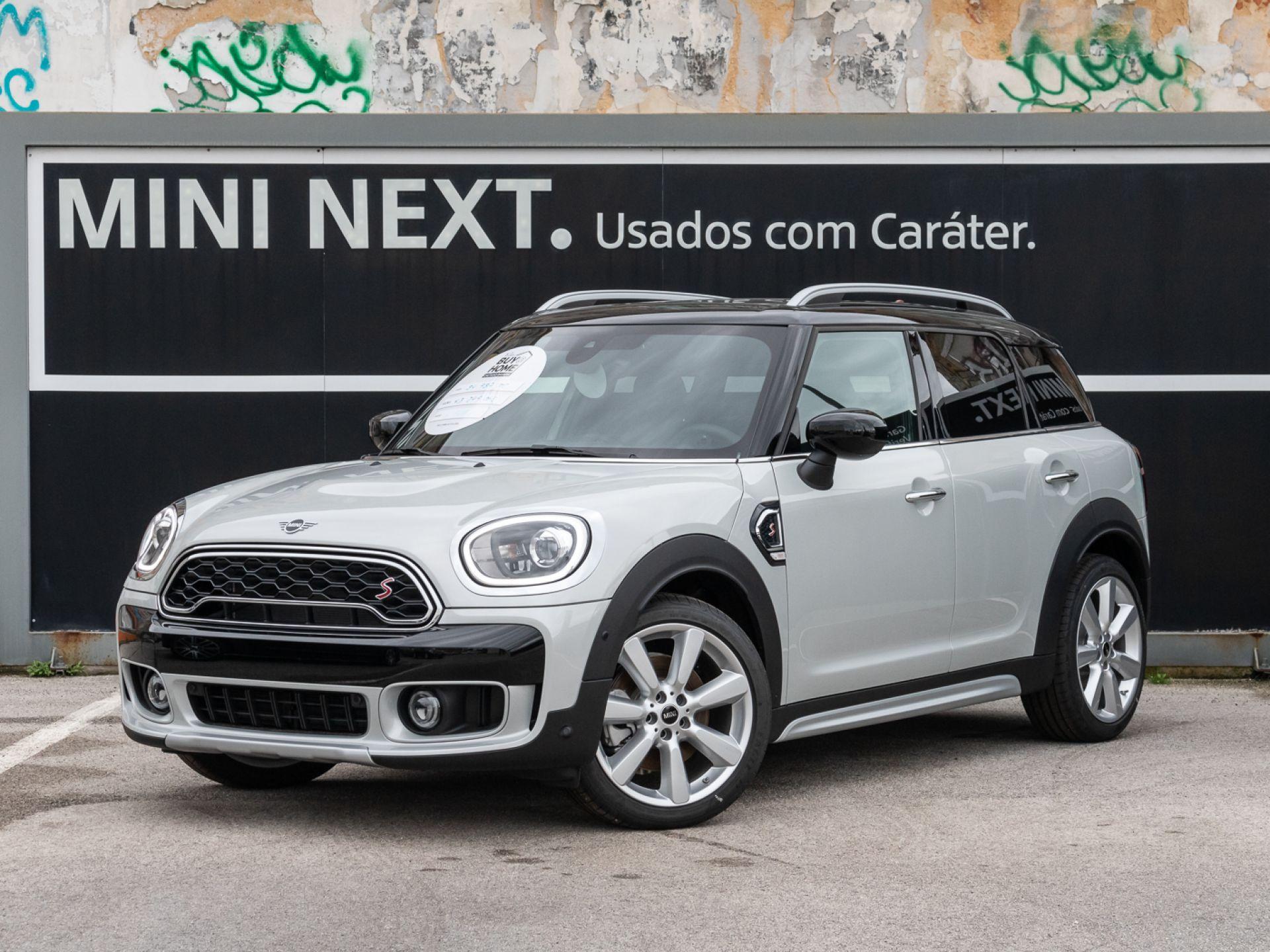 Mini Countryman Cooper SD Auto segunda mão Lisboa