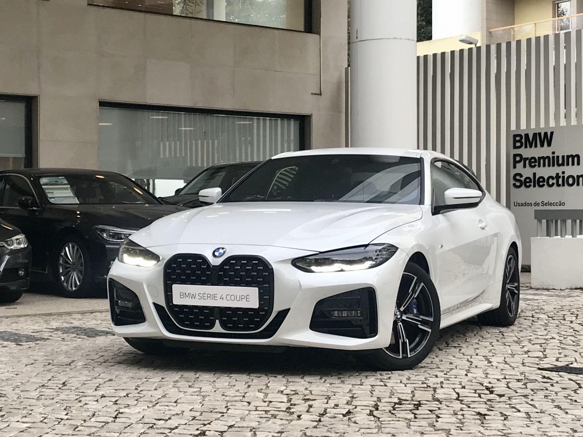 BMW Serie 4 420d Coupe Pack M Auto segunda mão Lisboa