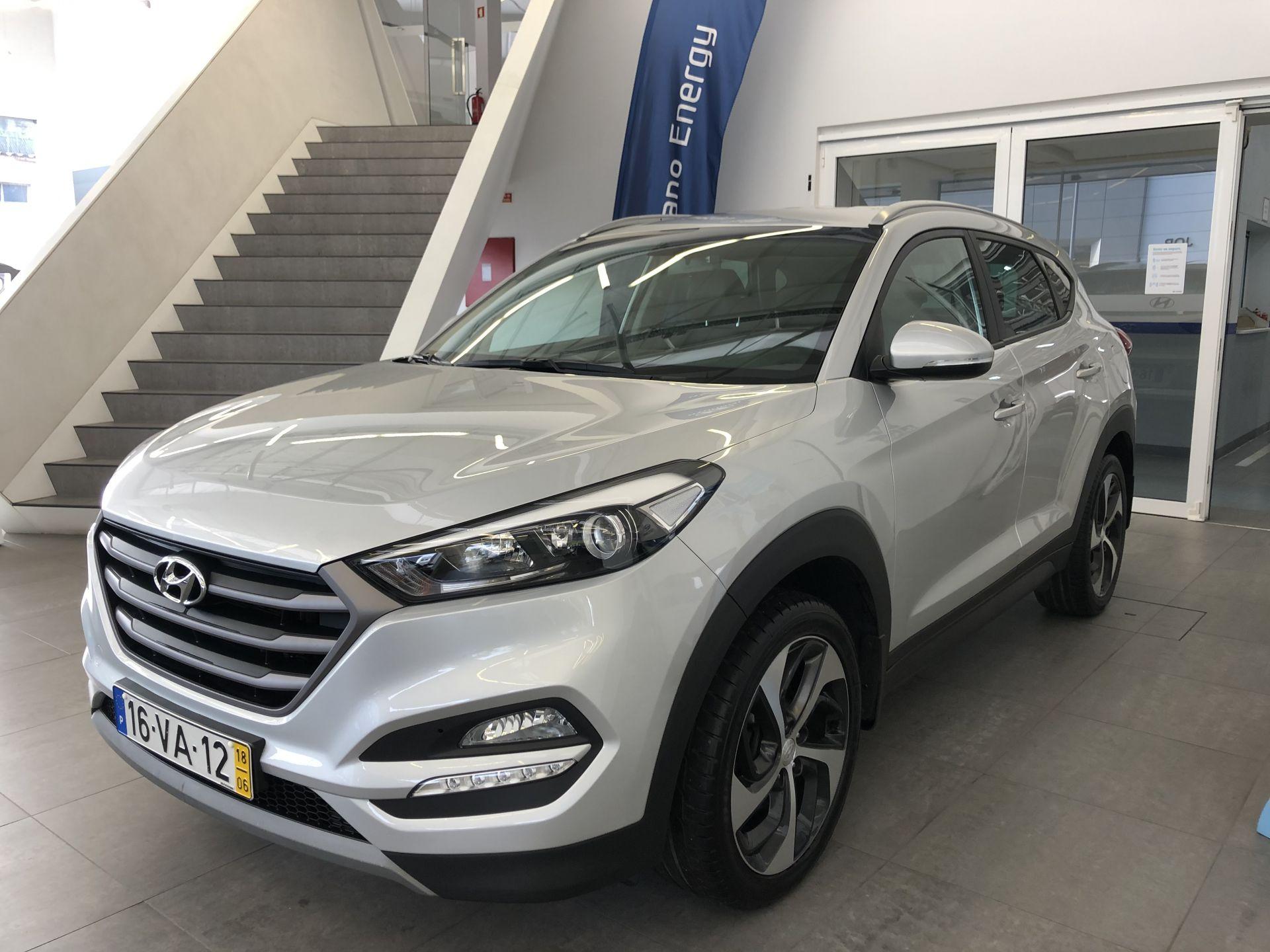 Hyundai Tucson 1.7 CRDi Premium MY18 segunda mão Porto