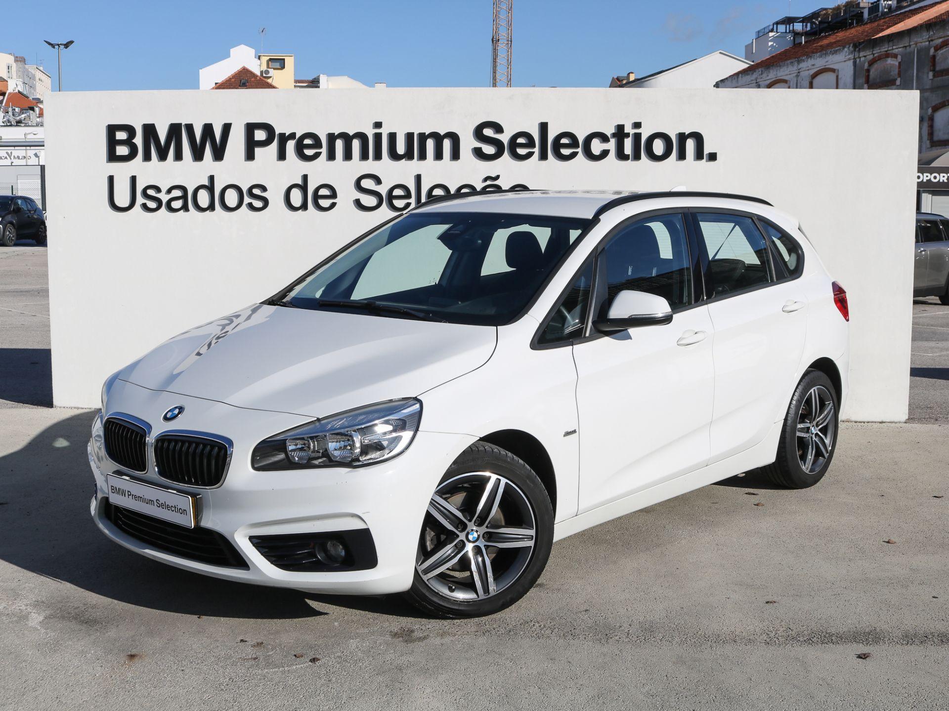 BMW Serie 2 Active Tourer Active Tourer 216d Line Sport segunda mão Lisboa