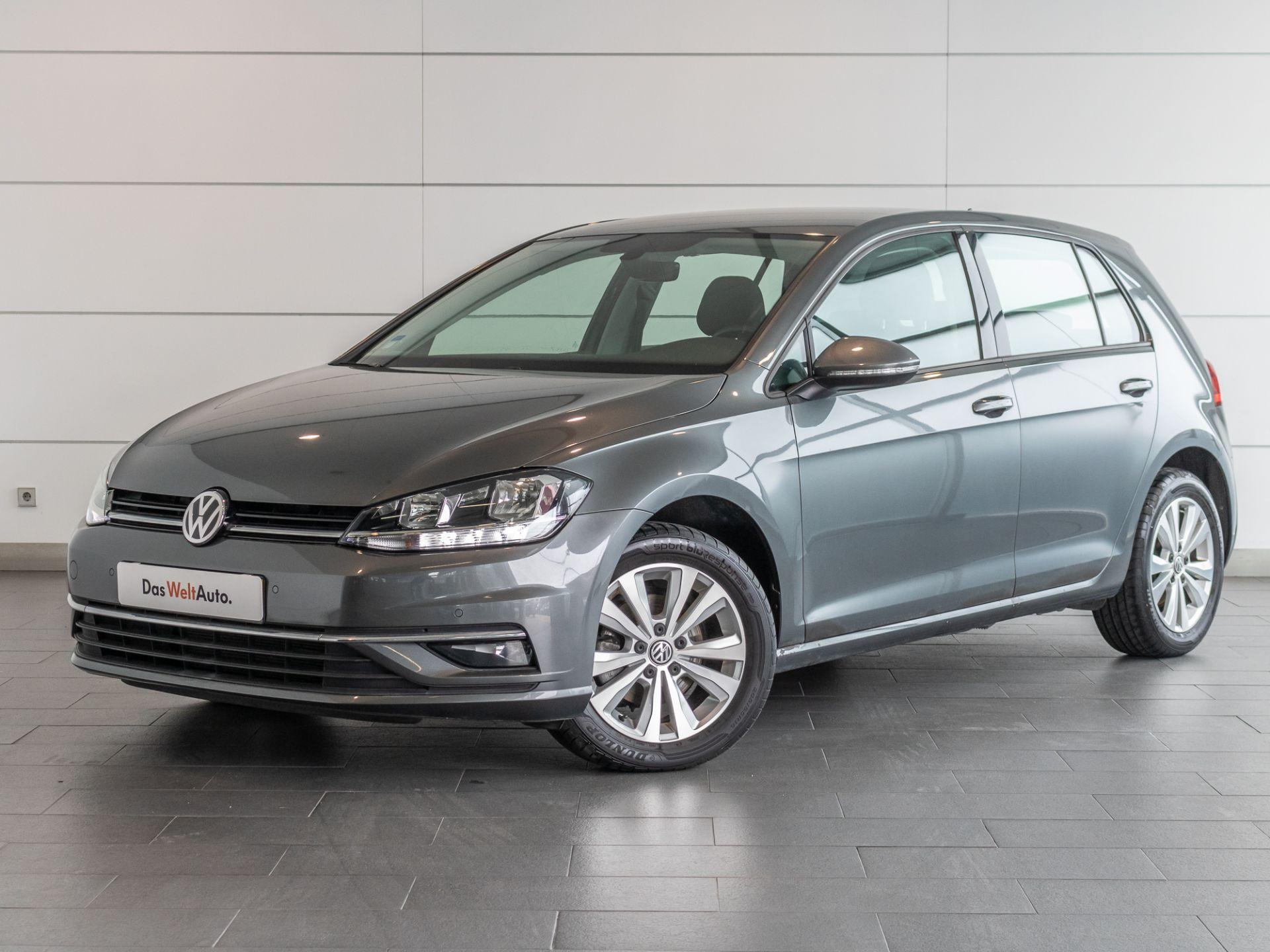 Volkswagen Golf 1.0 TSI 110cv Confortline segunda mão Setúbal