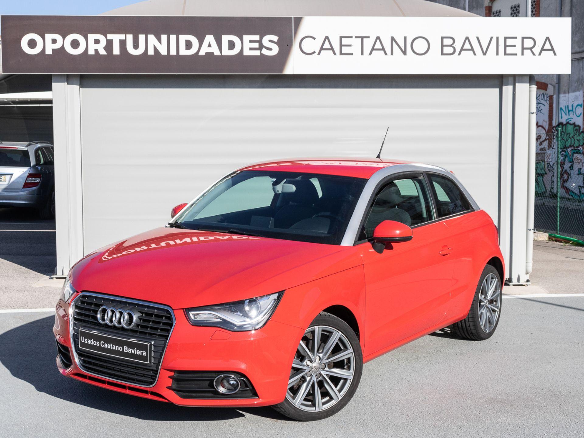 Audi A1 1.6 TDI Sport segunda mão Lisboa