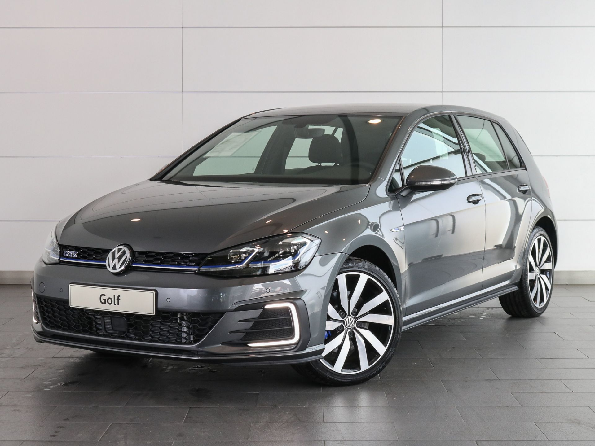 Volkswagen Golf 1.4 TSI DSG GTE Plug-In Hybrid 204cv segunda mão Setúbal