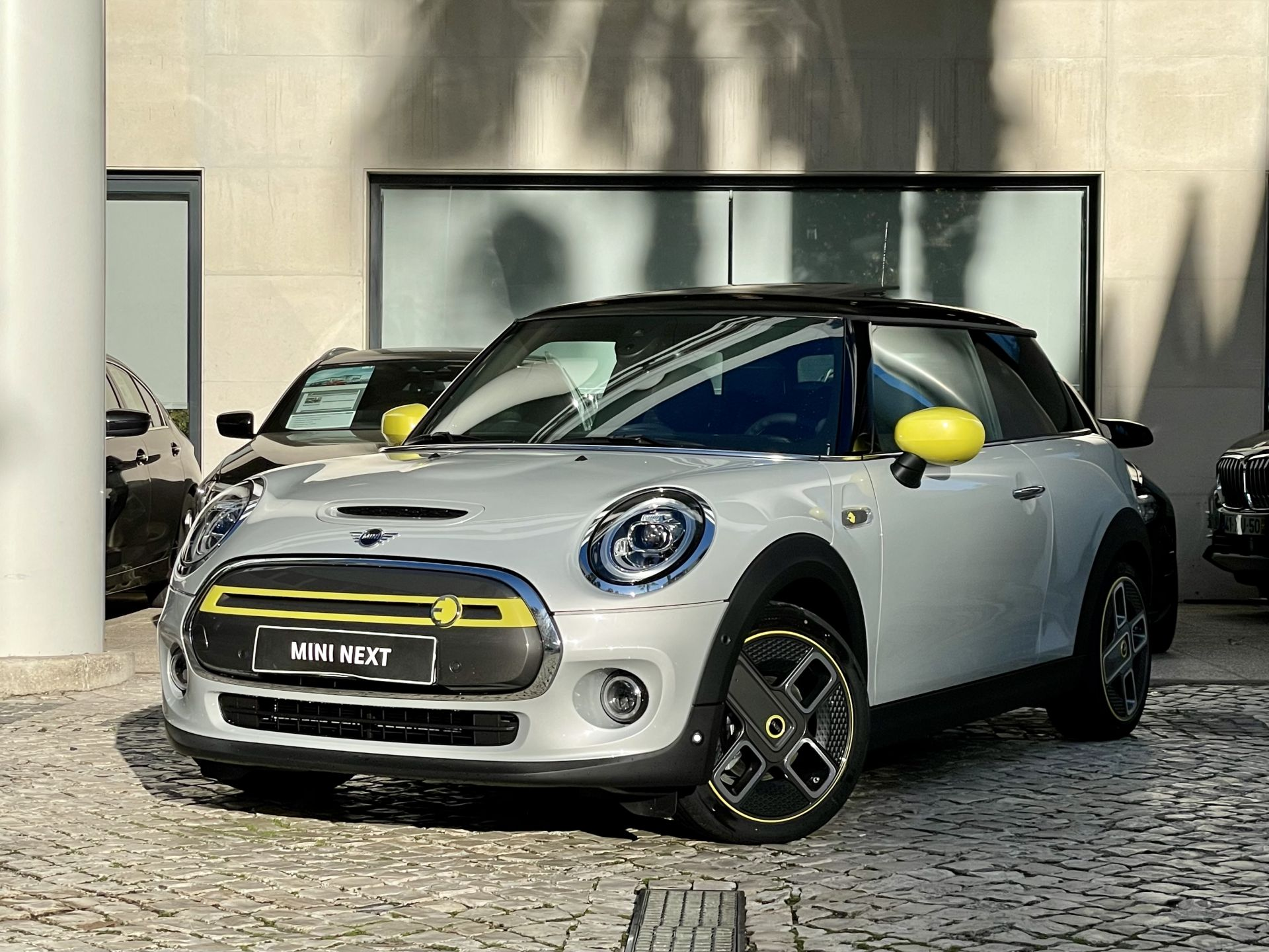 Mini Mini Cooper S E (Versão XL) segunda mão Lisboa