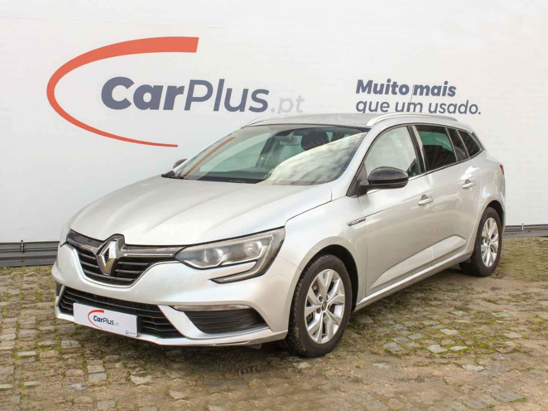 Renault Megane ST 1.3 TCe 140cv FAP Limited EDC segunda mão Porto