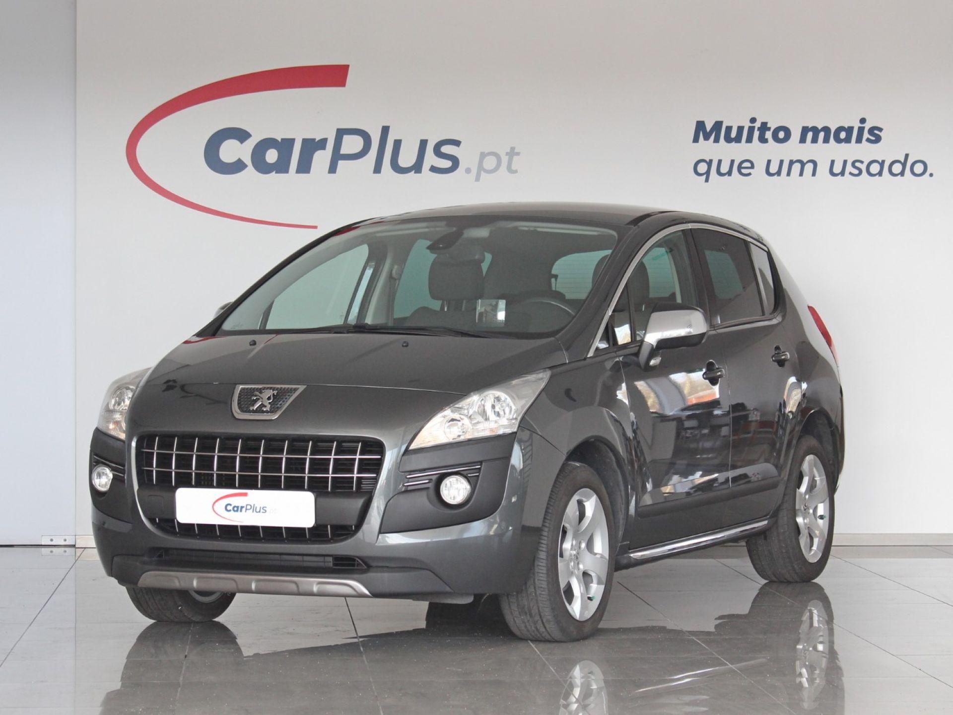 Peugeot 3008 SE Style 1.6 HDi 115 CVM6 segunda mão Braga