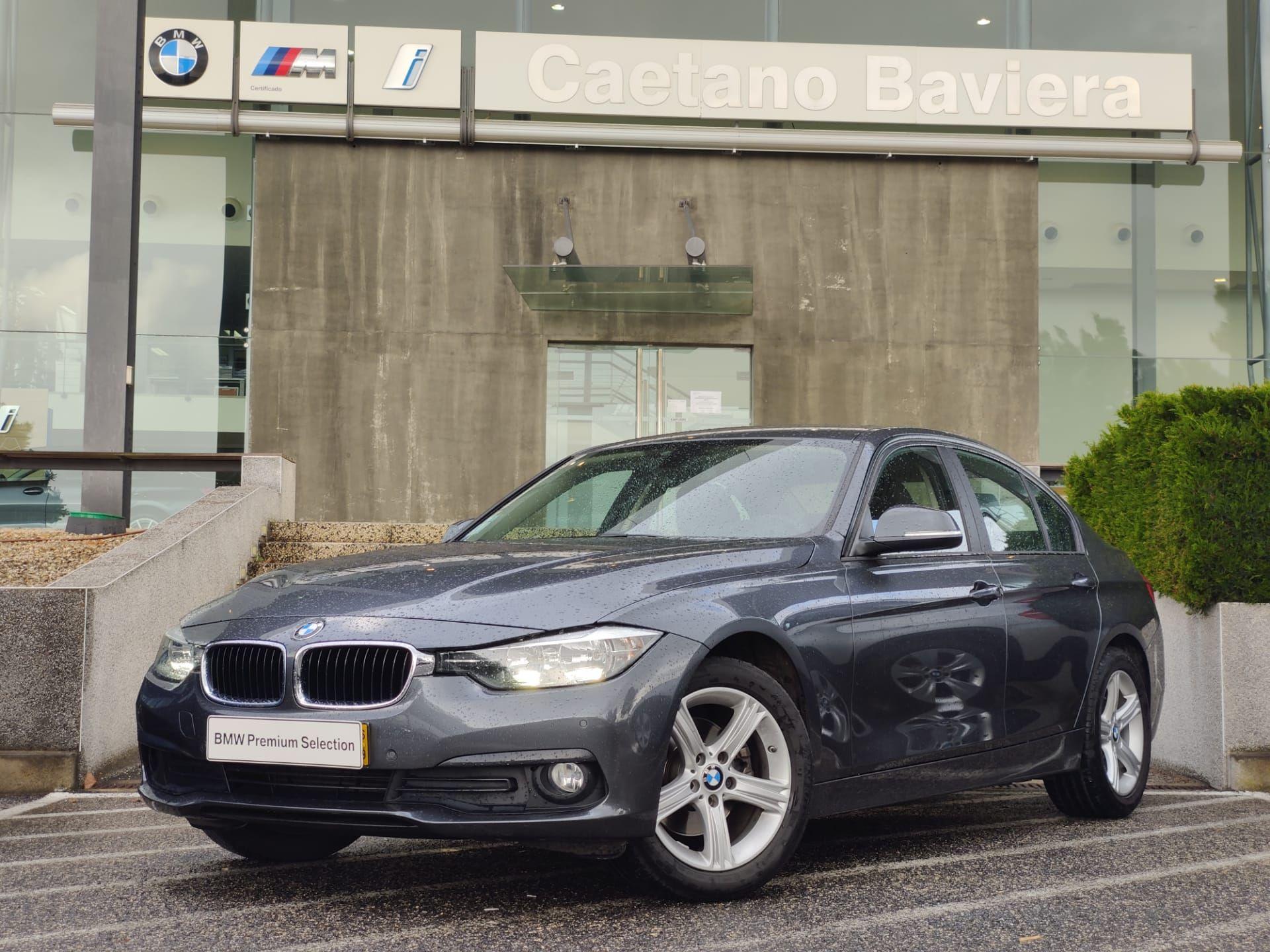 BMW Serie 3 320d Berlina Auto Advantage segunda mão Lisboa