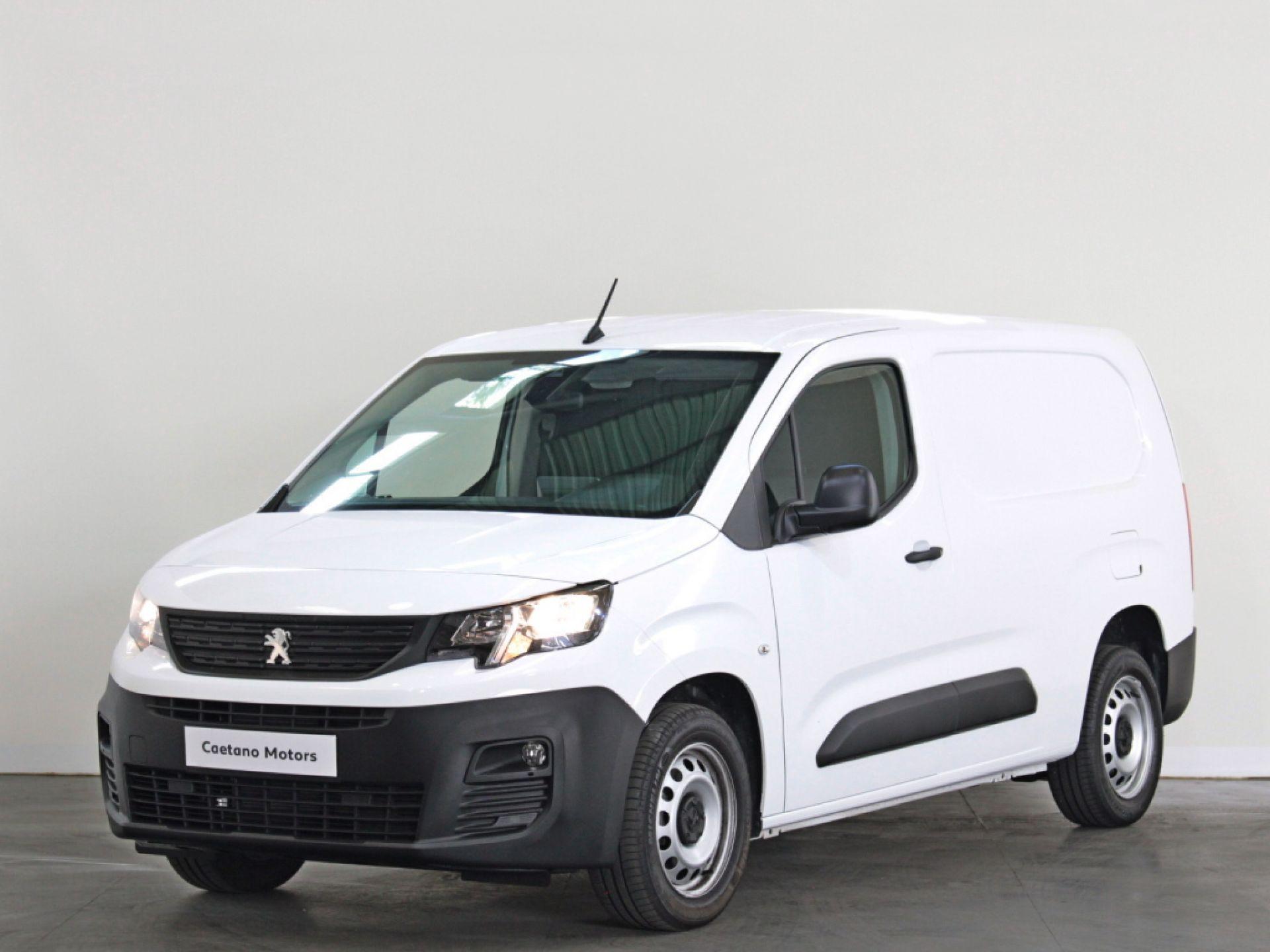 Peugeot Partner  Pro Longa 1.5 BlueHDi 100cv S&S CVM5 segunda mão Porto