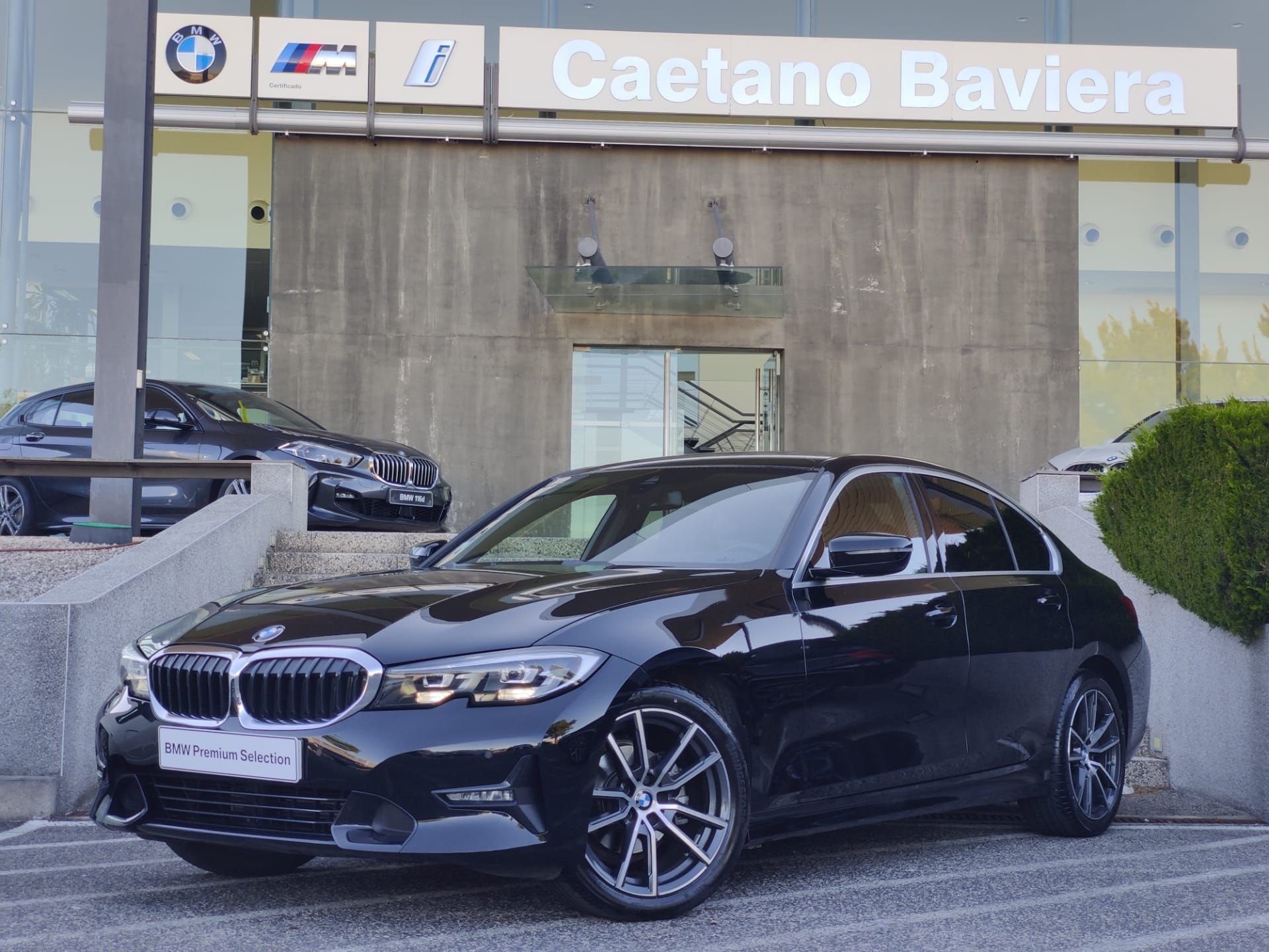 BMW Serie 3 318d Line Sport Auto usada Lisboa